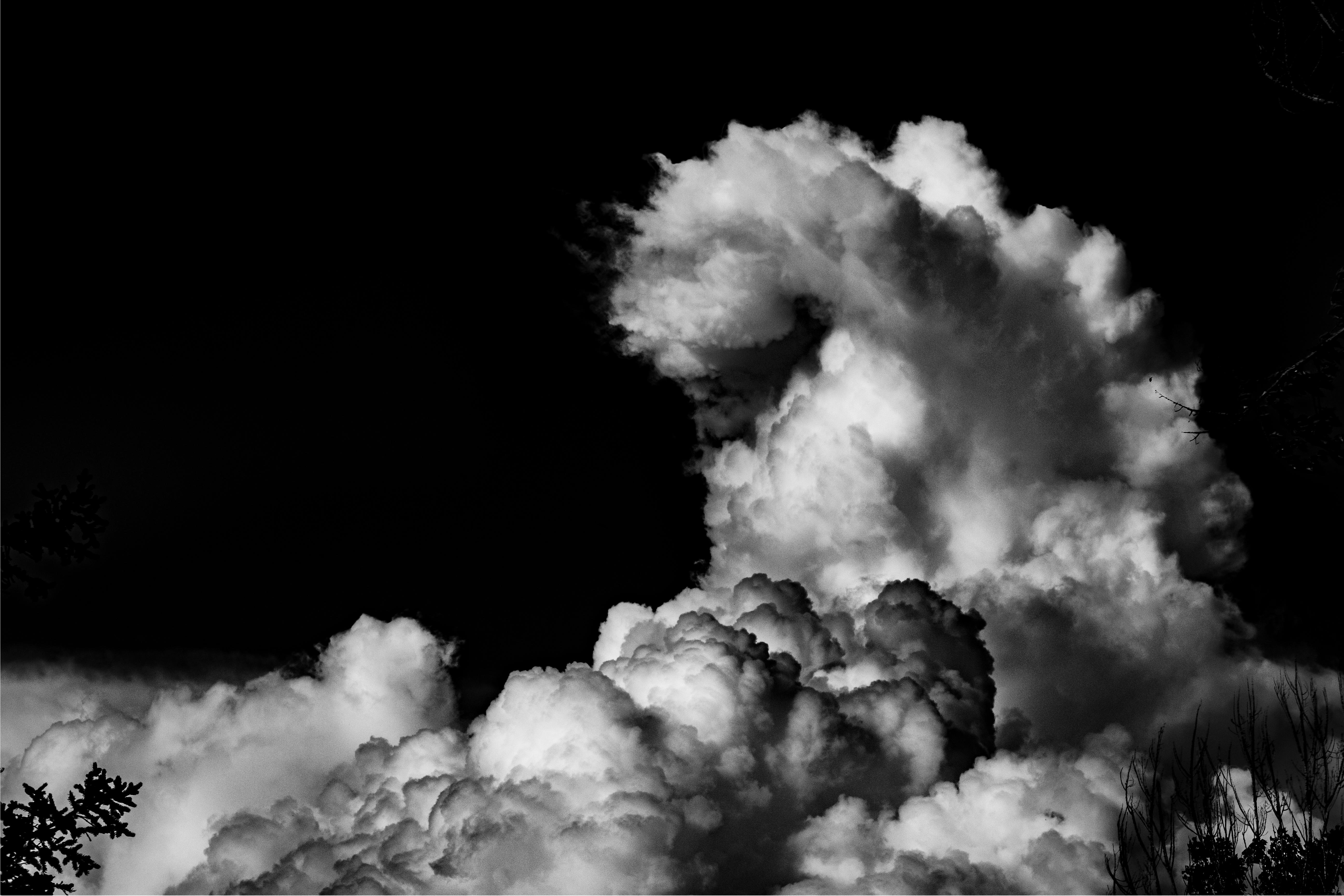 images gratuites nuage noir et blanc ciel atmosph re fum e cumulus obscurit monochrome. Black Bedroom Furniture Sets. Home Design Ideas