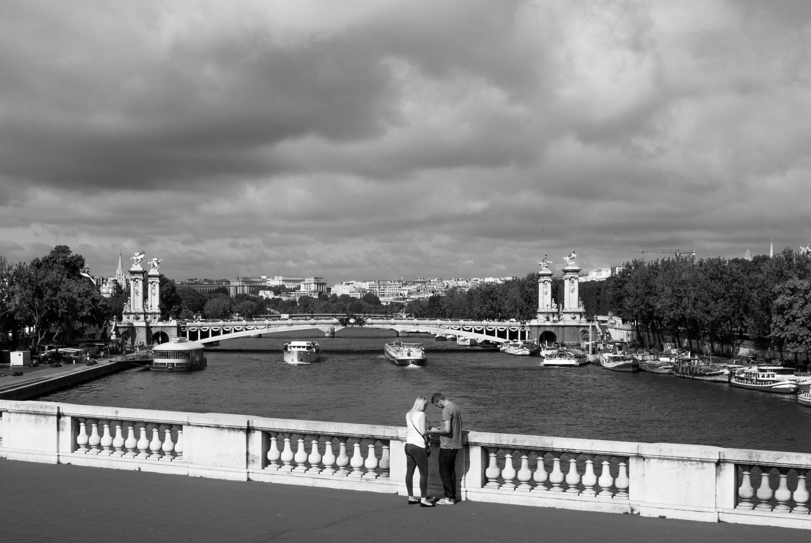 Images gratuites nuage noir et blanc pont horizon la for Paysage de ville