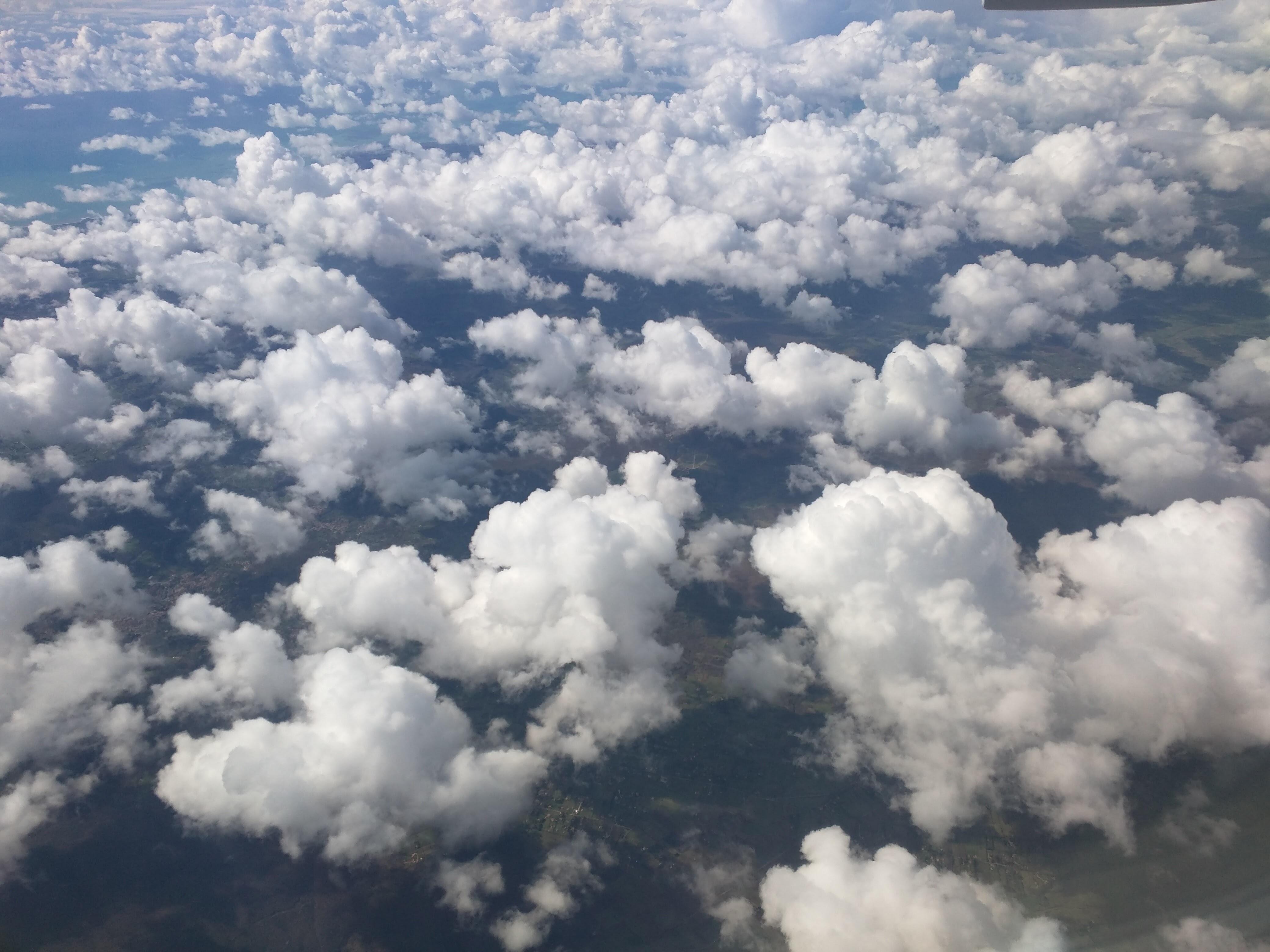 как наложить облака на фото нынешнего сезона