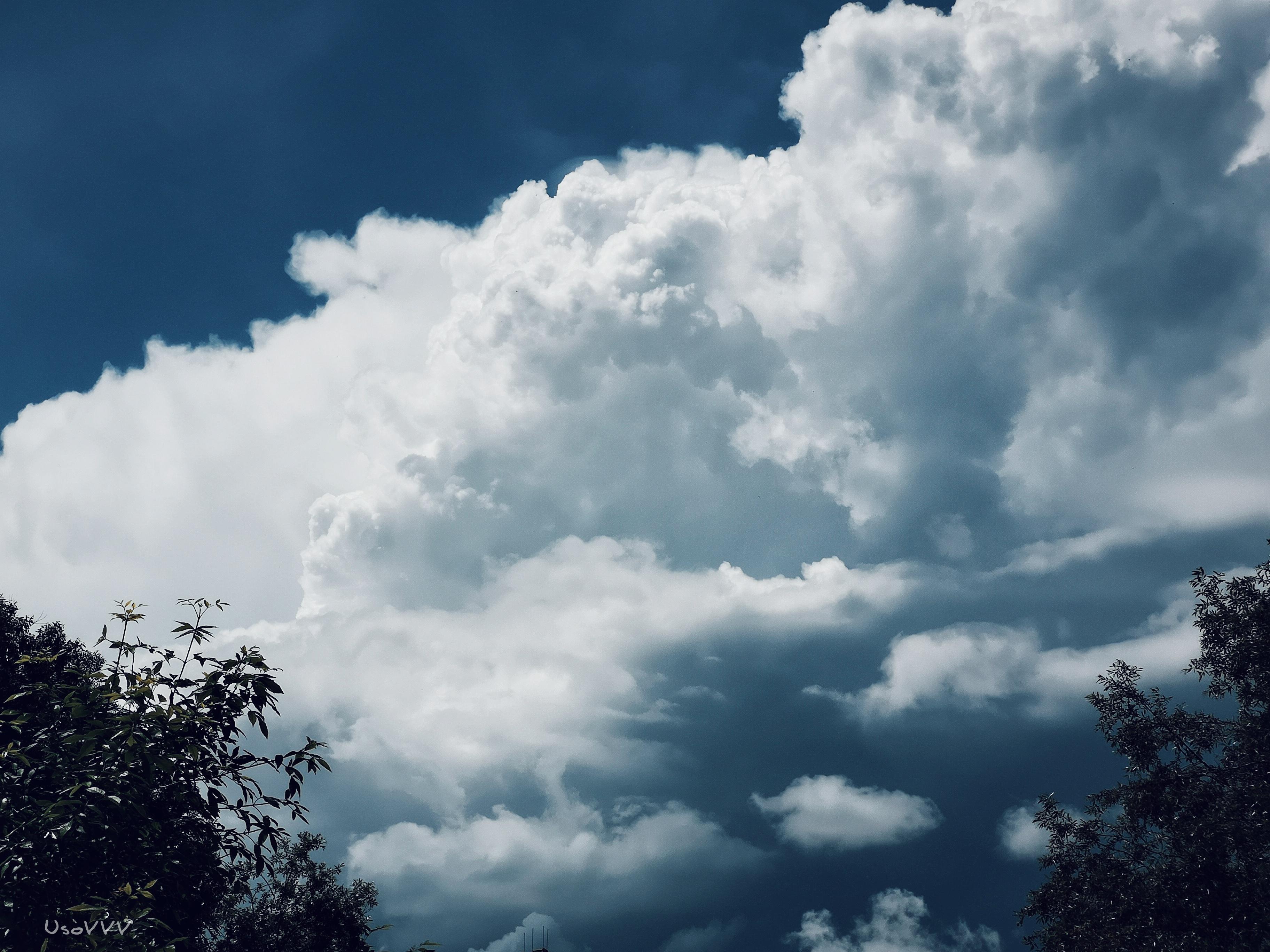 Gambar Awan Awan Pegunungan Langit Tengah Hari Dunia