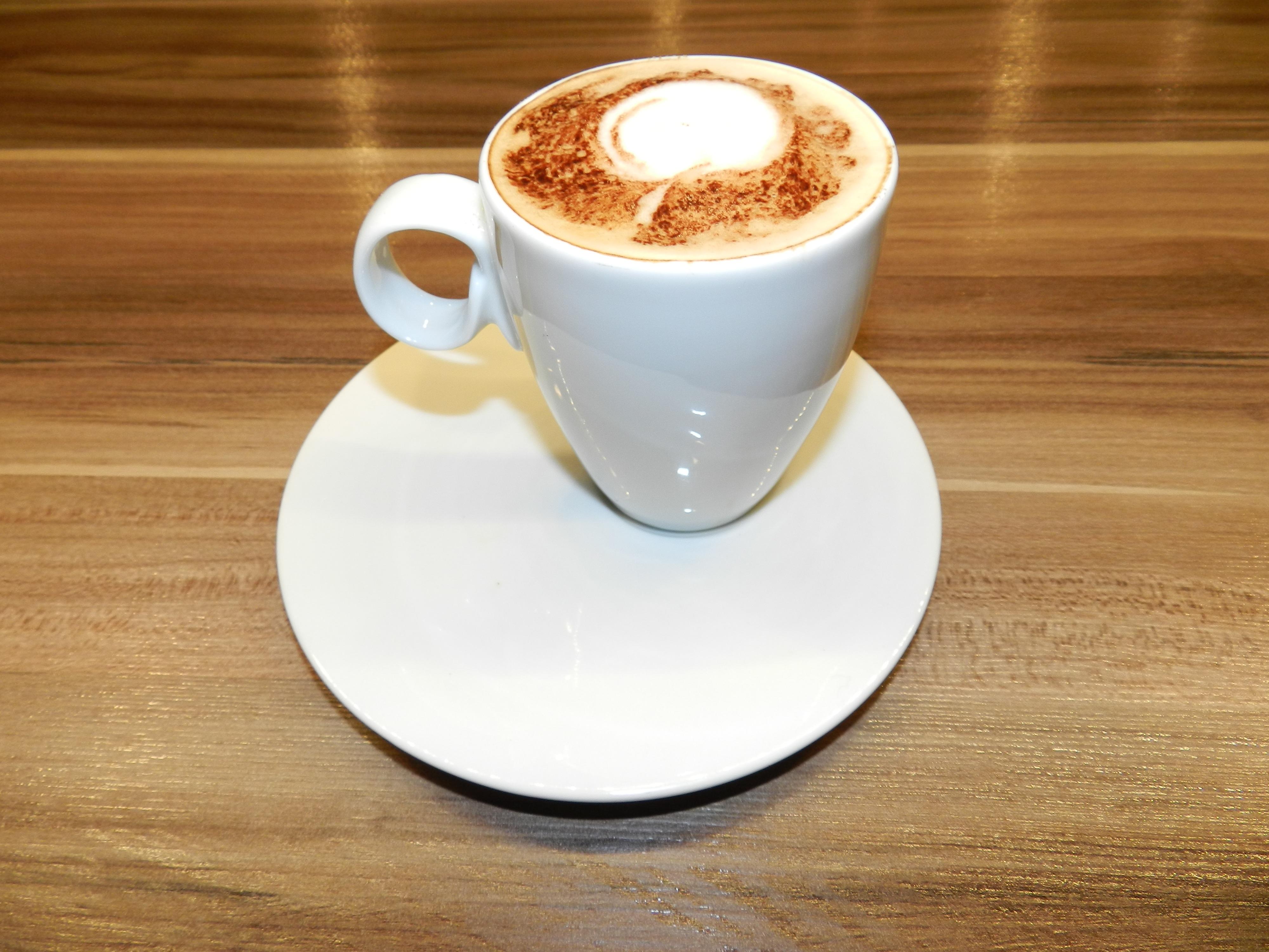 Kostenlose foto tasse latt cappuccino lebensmittel getr nk espresso kaffeetasse - Bilder cappuccino ...