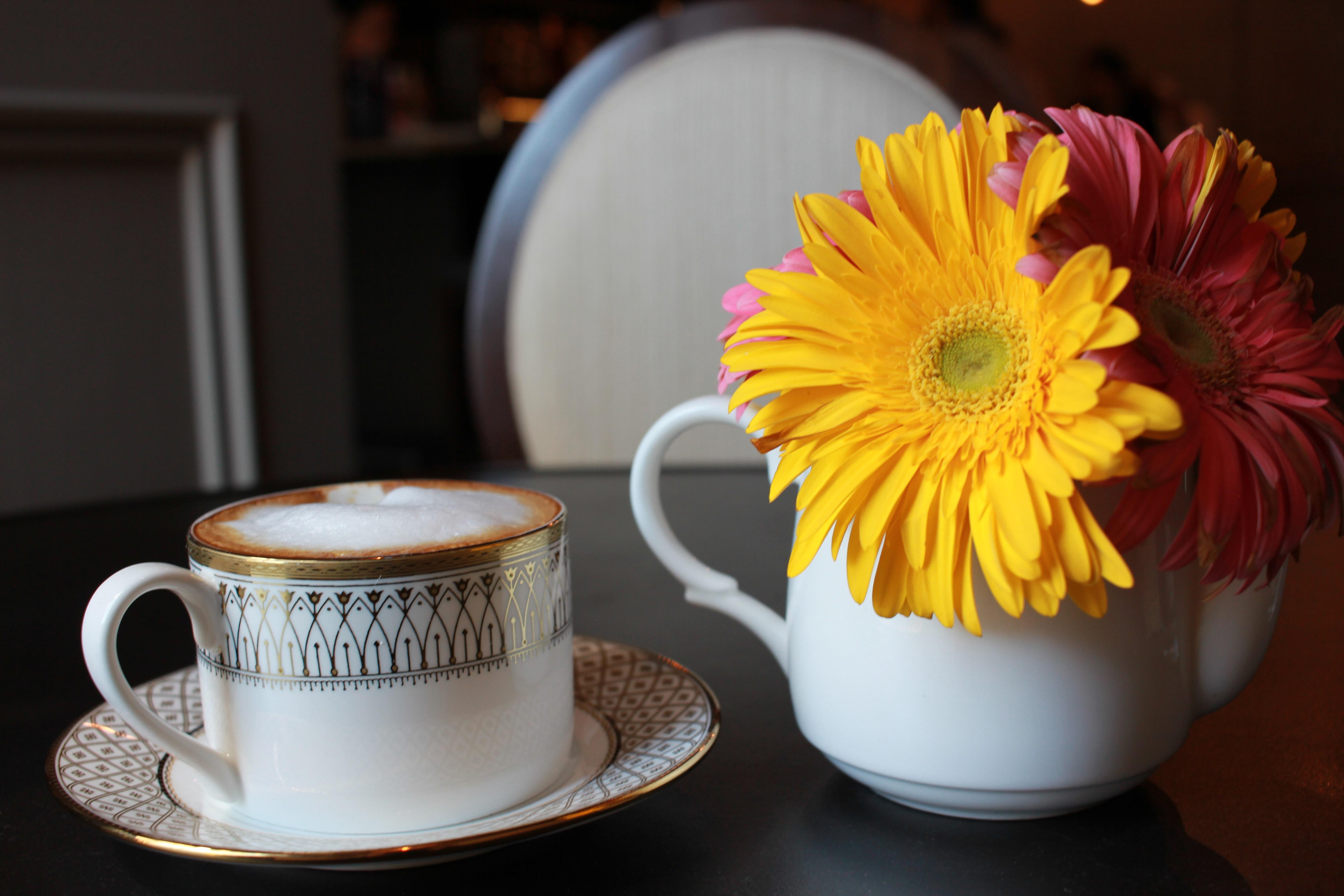 Доброе утро картинки красивые цветы и кофе, картинки для троллей