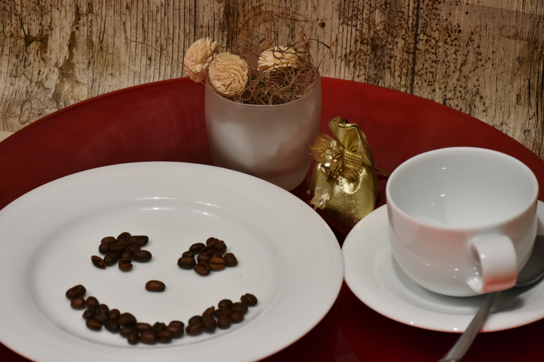 картинки кофе в тарелке я-звезда помогает