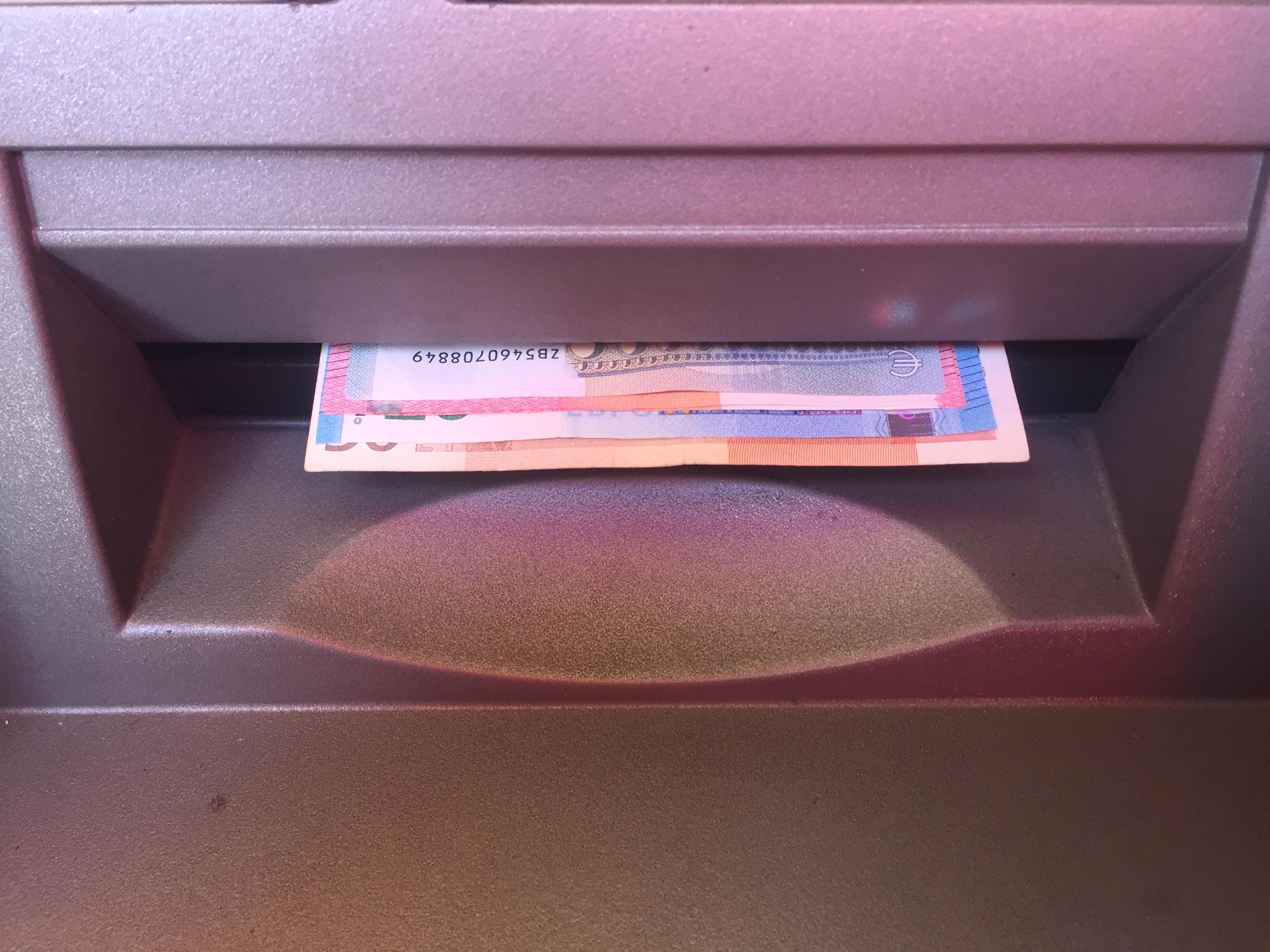 Kleur Meubilair Roze Geldautomaat Euro Automatisch Ec Geld Uit Te Geven