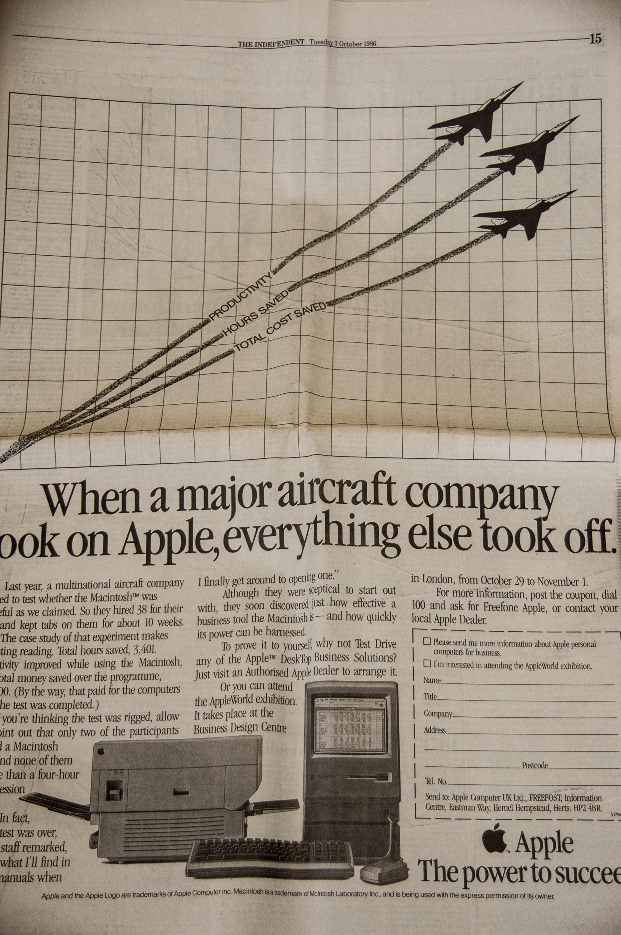 Gambar Komputer Apel Vintage Koran Merek Seni Sketsa