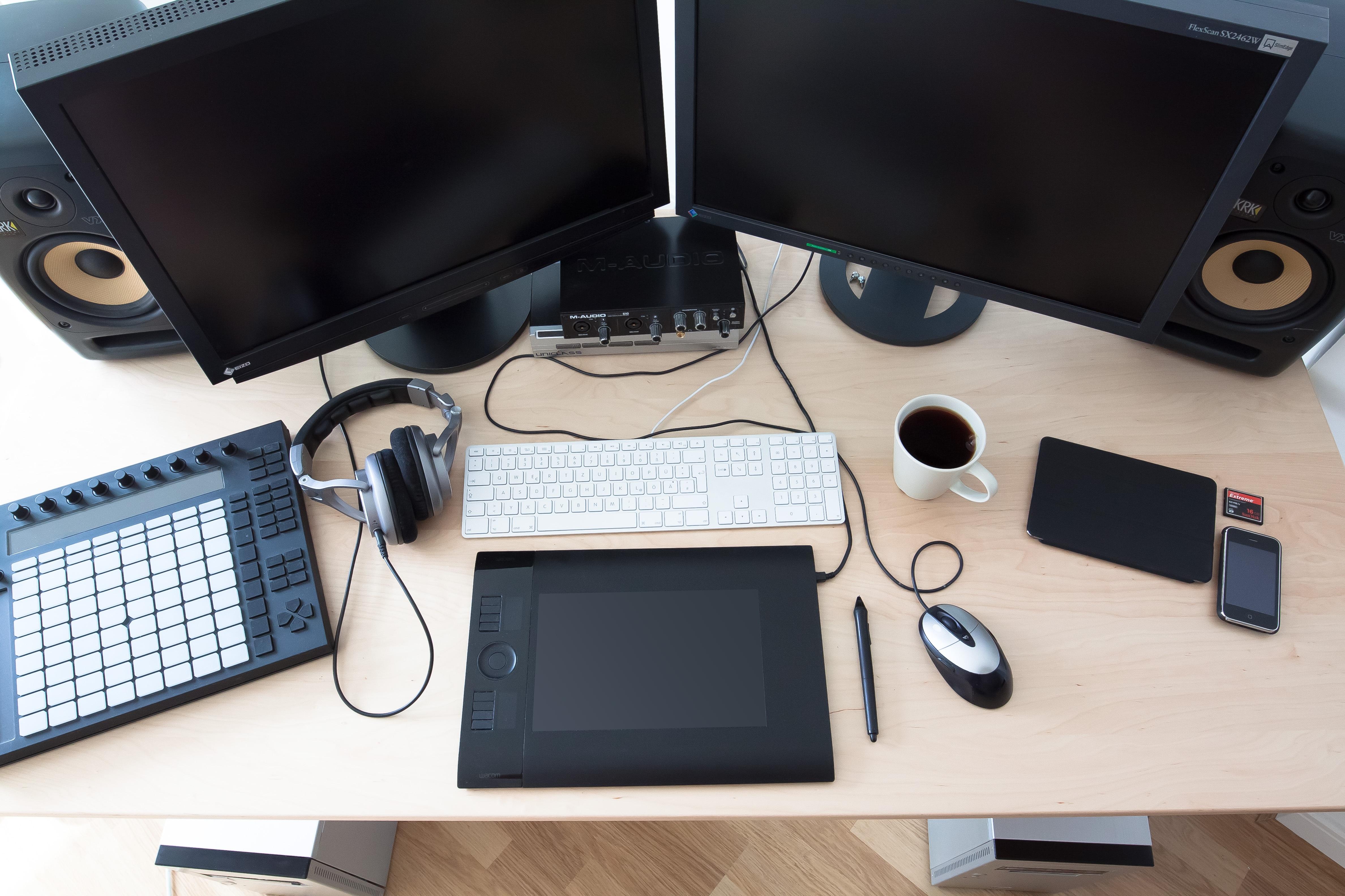 Fotos gratis caf teclado tecnolog a rat n cable for Oficina electronica de empleo