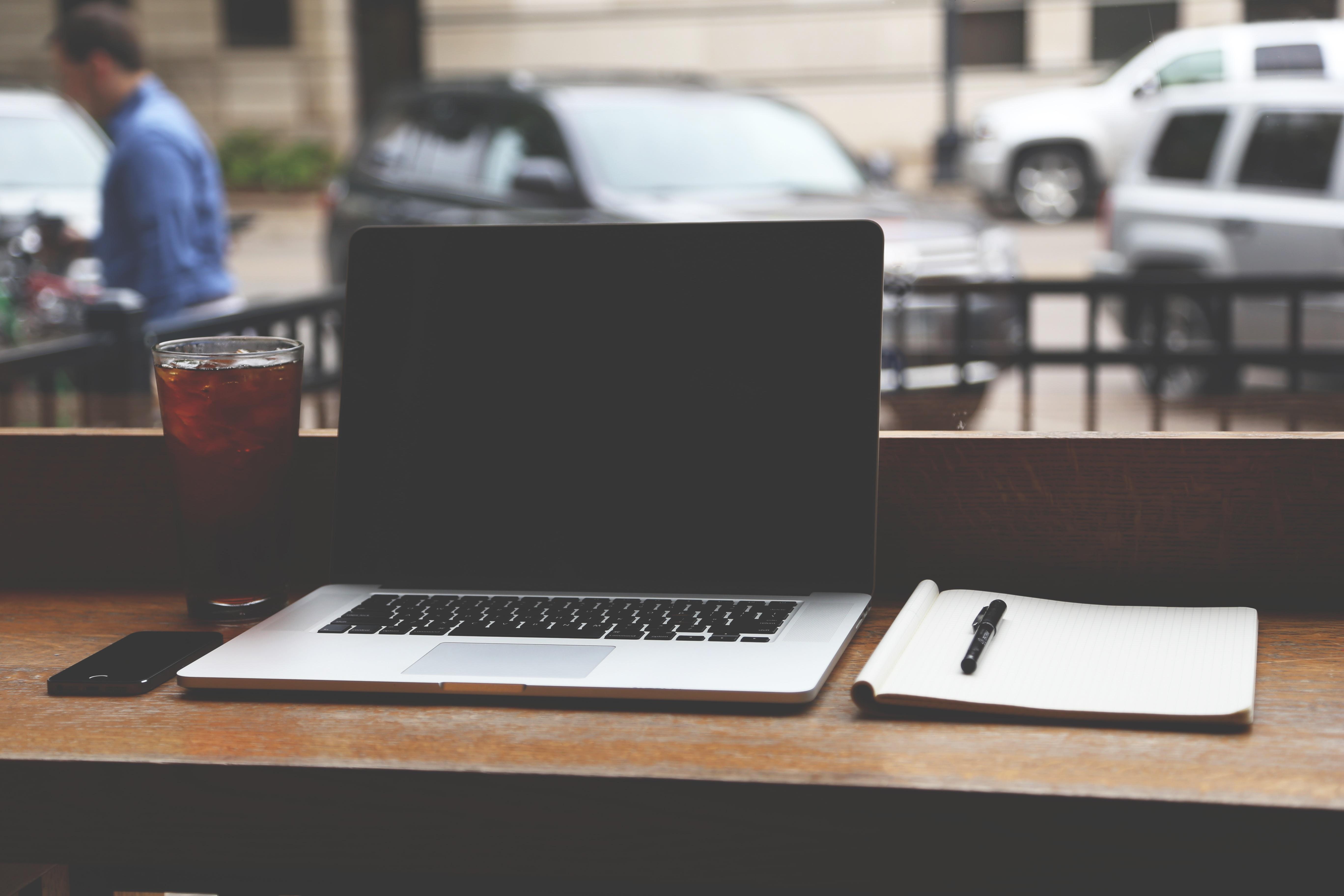 Computer Kreativ Büro Geschäft Modern Innenministerium Anfang Entwurf  Anzeigen Planen Unternehmen Laptops Notizbücher Anfang Personal Computer