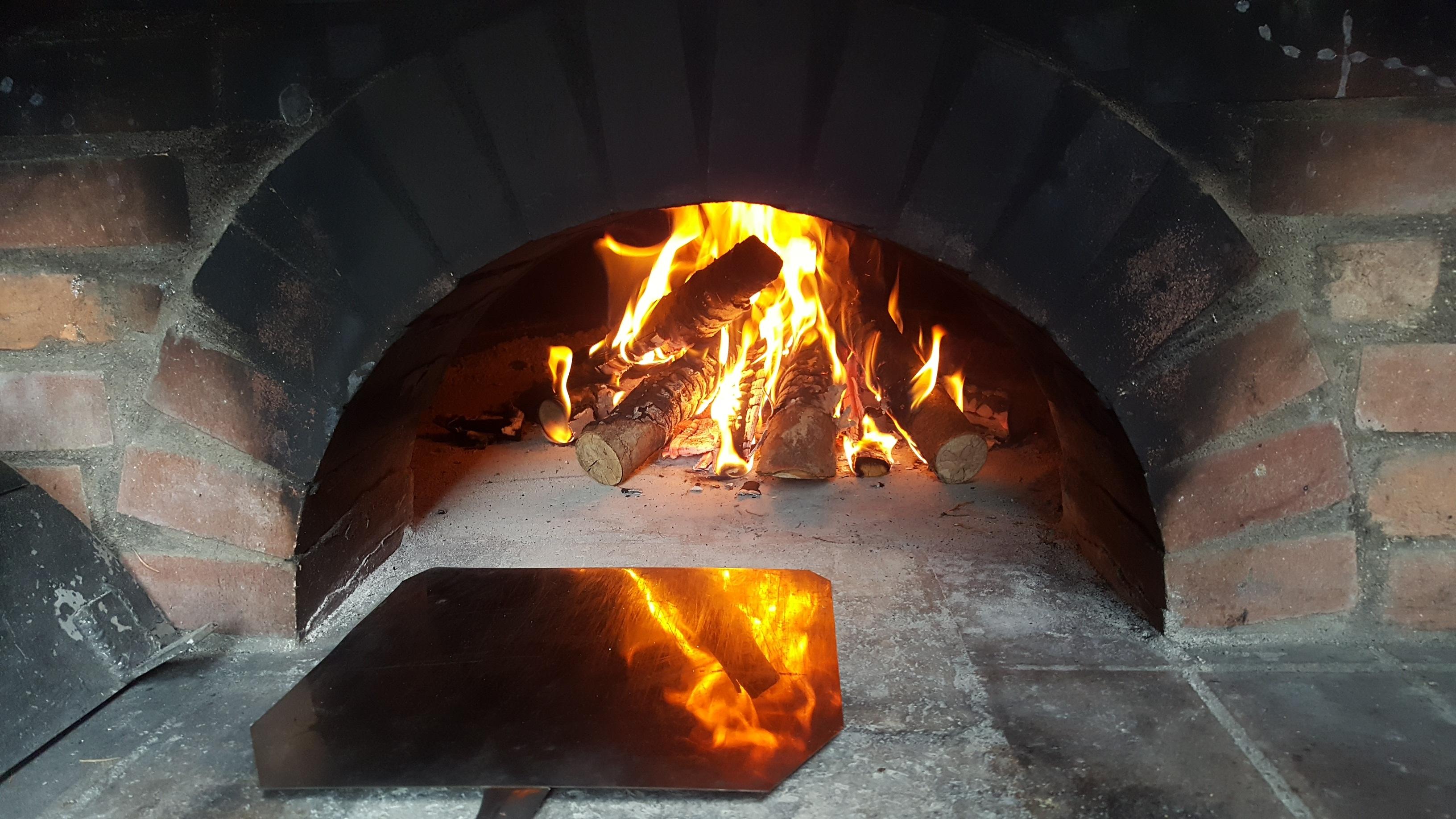 Fotos gratis fuego hoguera pan de molde pizza crujiente hogar boulanger horno de pan - Cocina de fuego ...