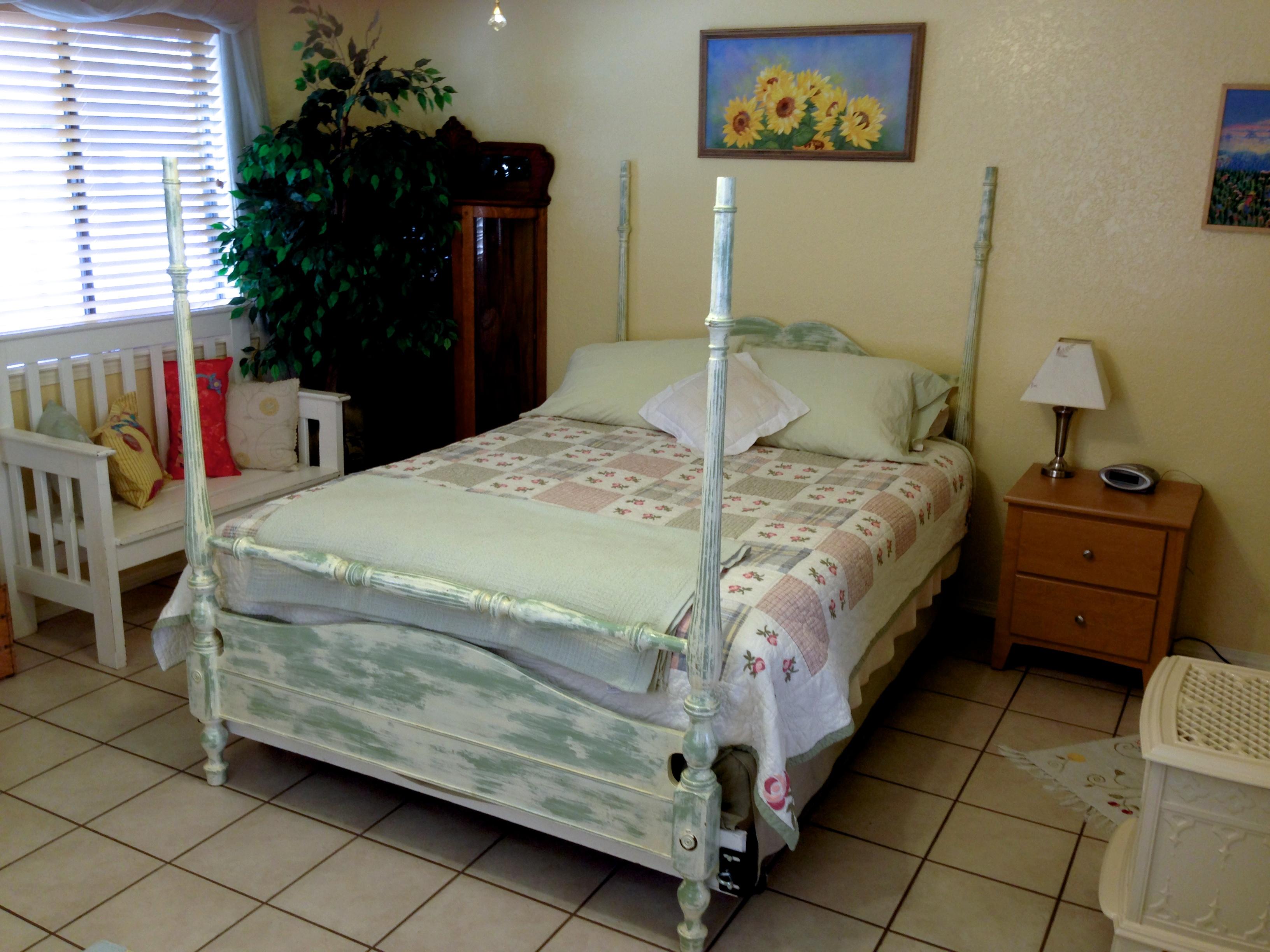 Fotos gratis : cabaña, propiedad, mueble, habitación, Cuarto ...