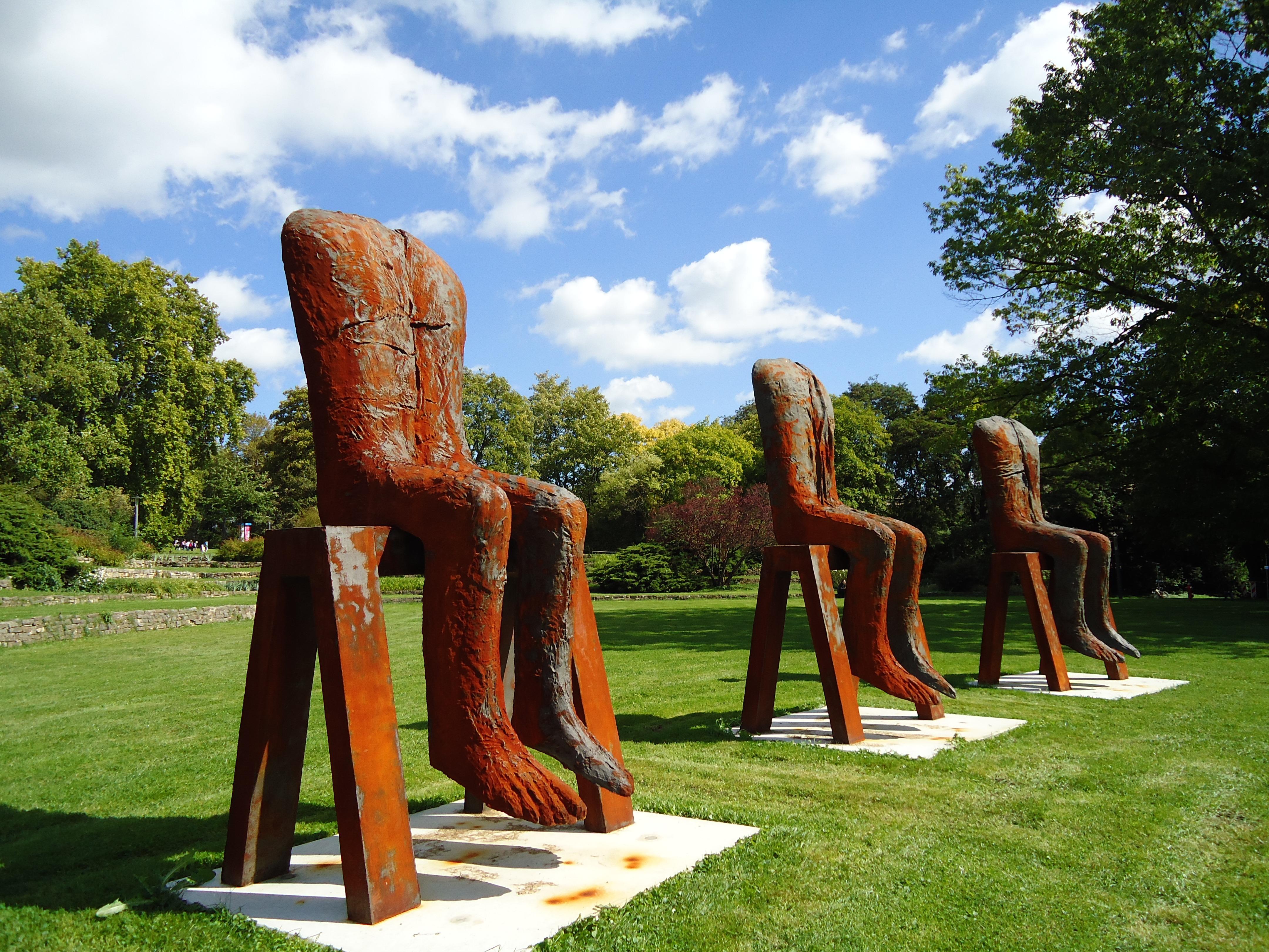 Creative Sky Chair Feet Vacation Park Metal Garden Sculpture Art Playground  Modern Art Outdoor Play Equipment