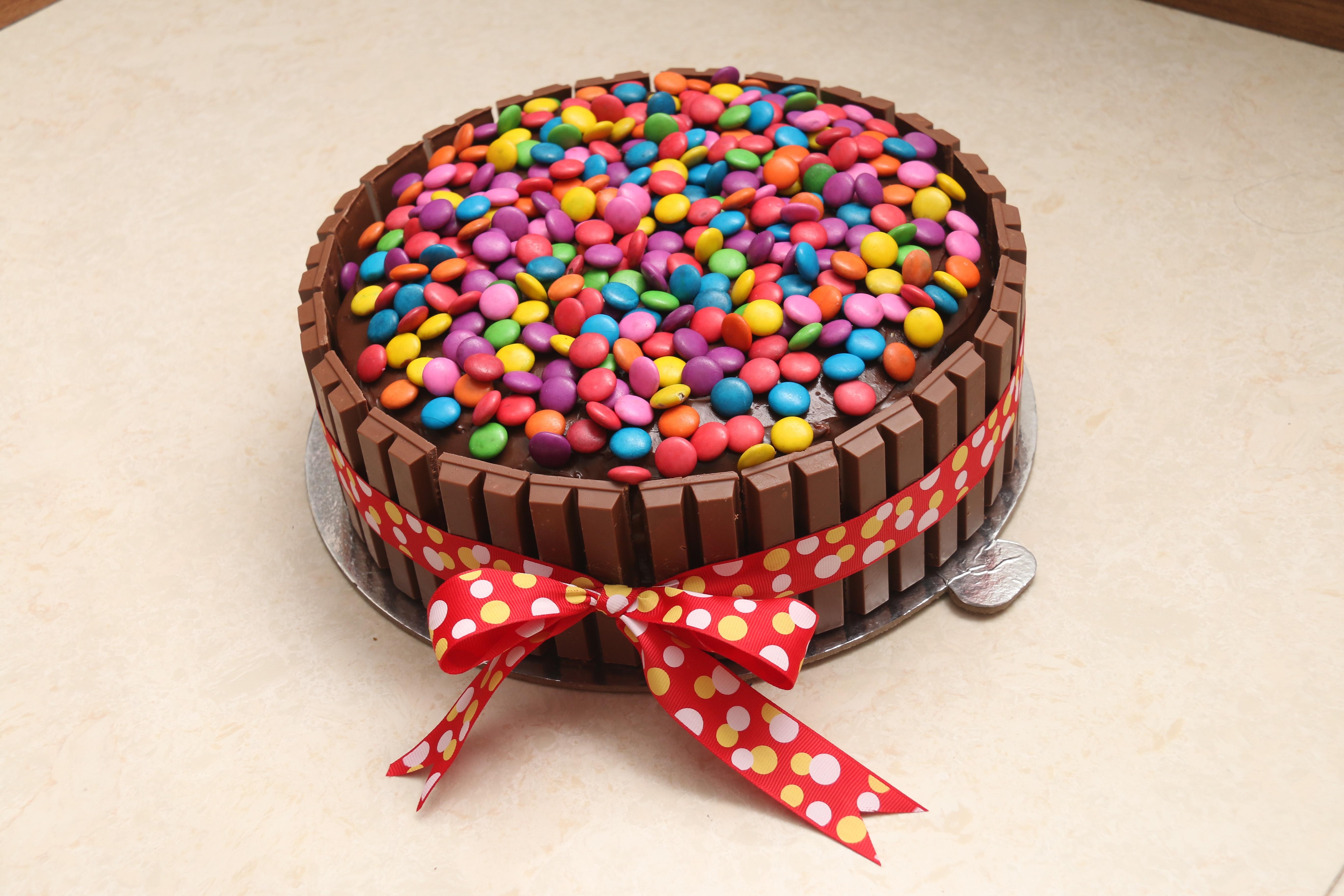 decoracin comida chocolate postre pastel horneado pastel de cumpleaos formacin de hielo fiesta aniversario cumpleaos dulzura