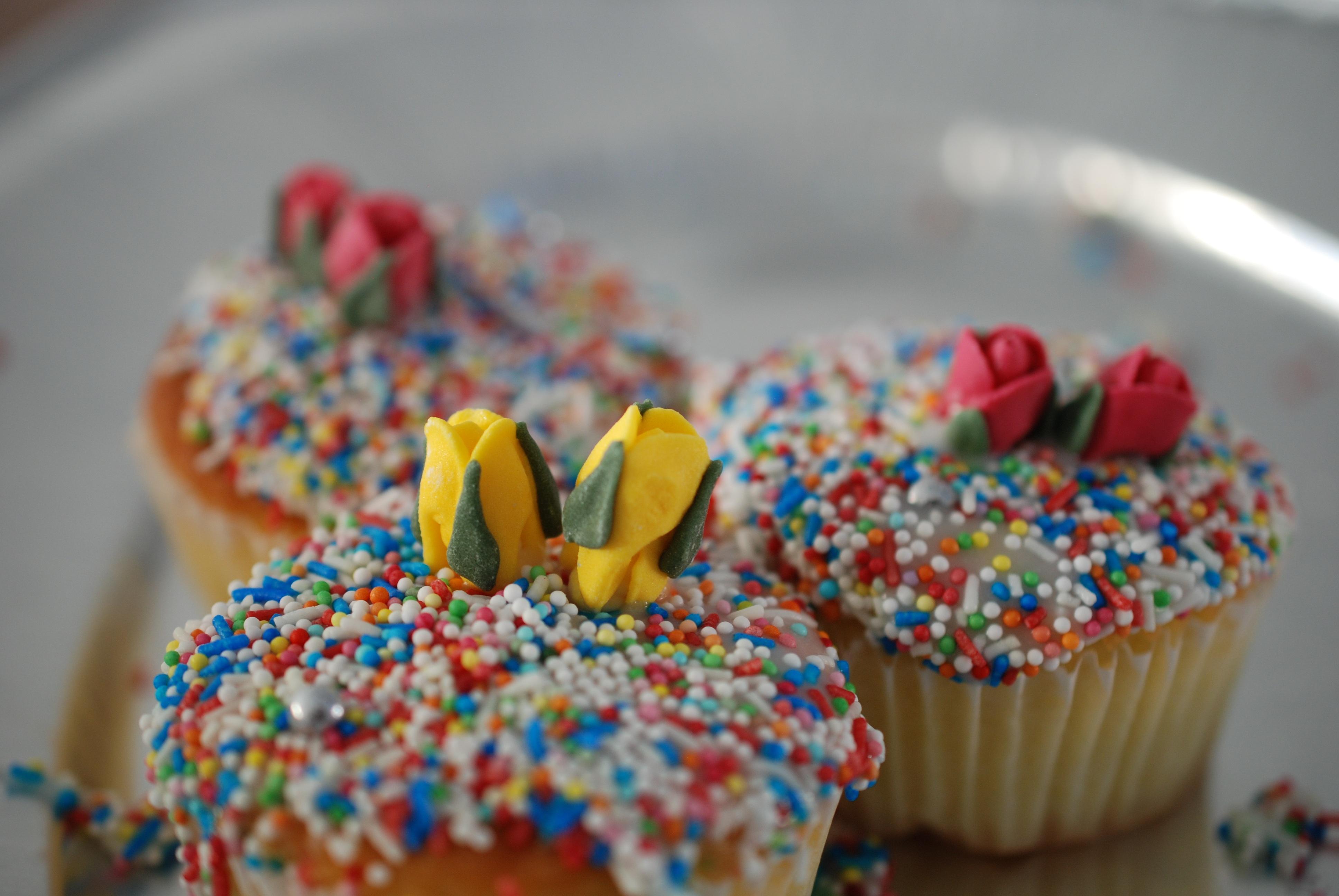 Free Images : decoration, cupcake, baking, cookie, dessert, icing ...