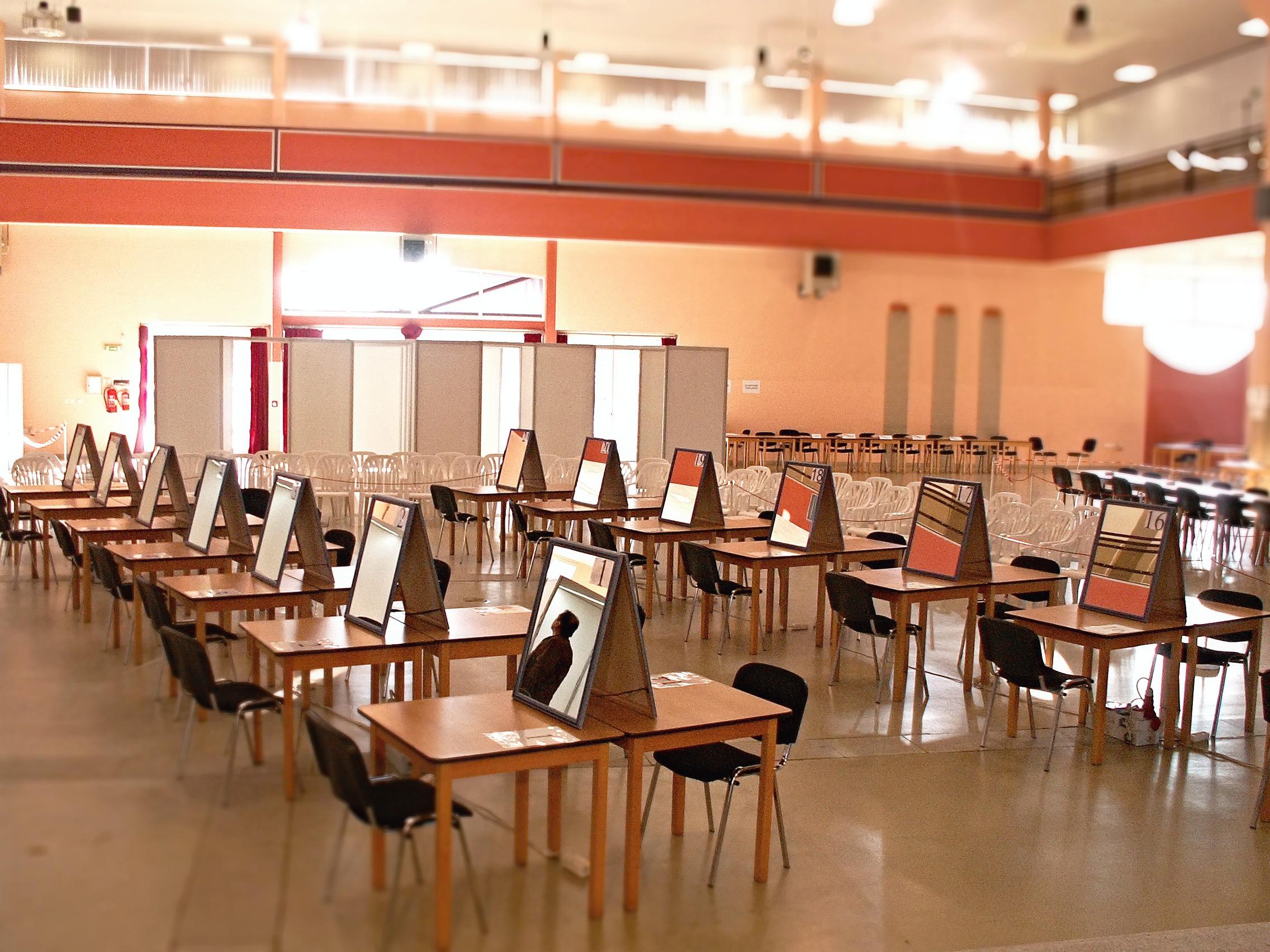 Kostenlose foto : Schreibtisch, Auditorium, Sessel, Restaurant ...
