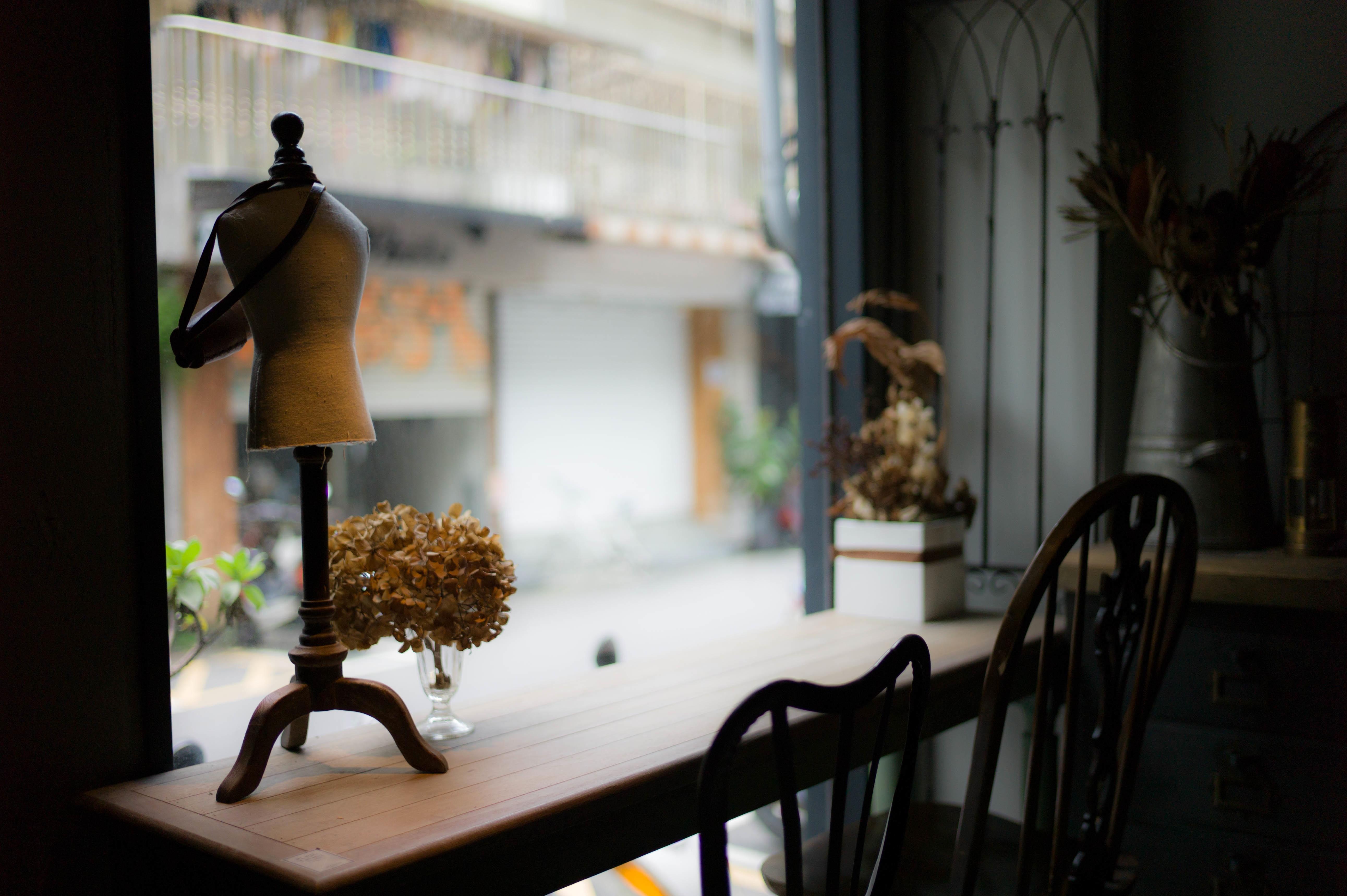 Images gratuites bureau chaise fenêtre maison maquette