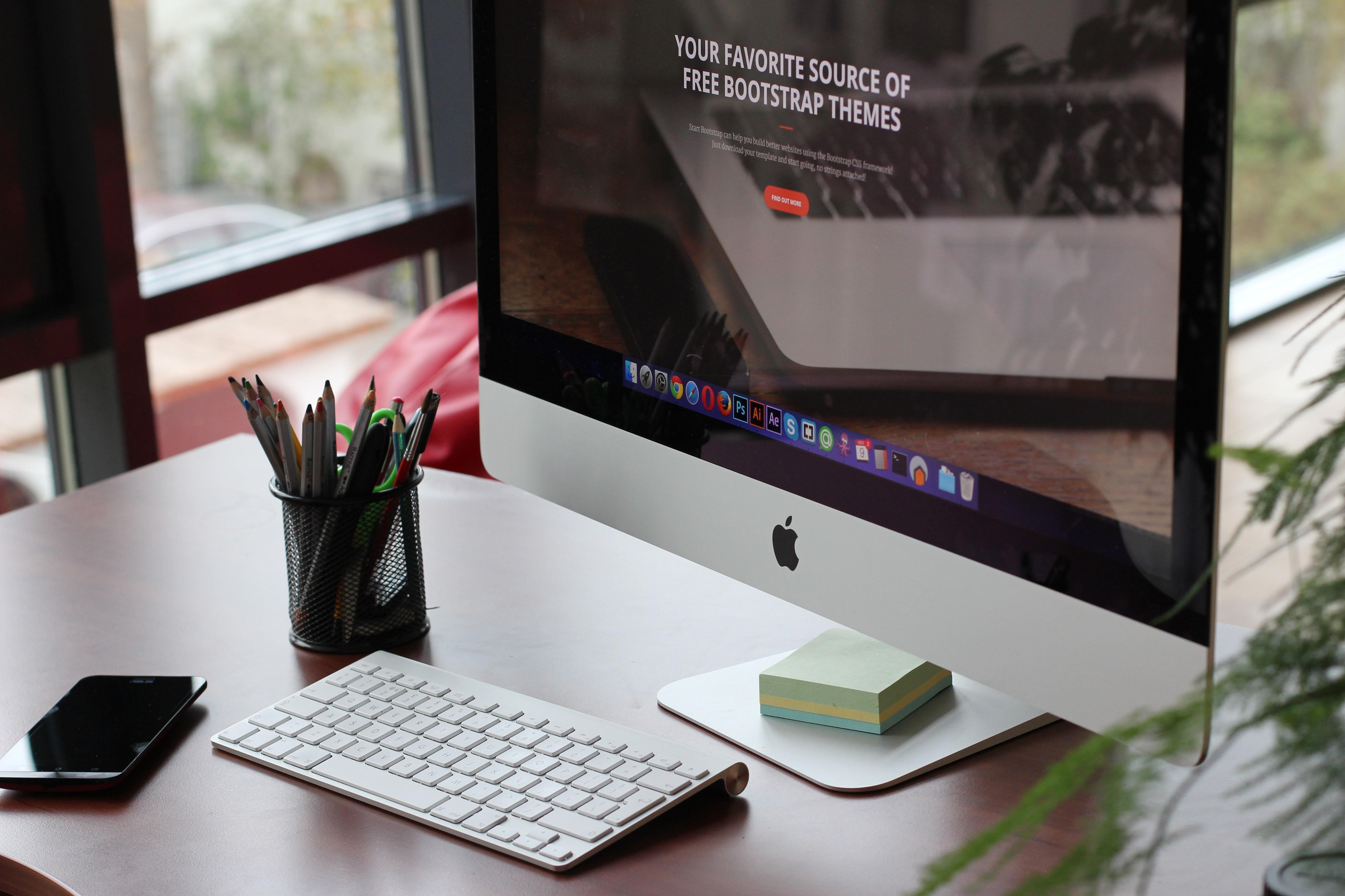 Desk Computer Screen Le Keyboard Technology Worke Office Gadget Organized Furniture Work E Brand Imac Design