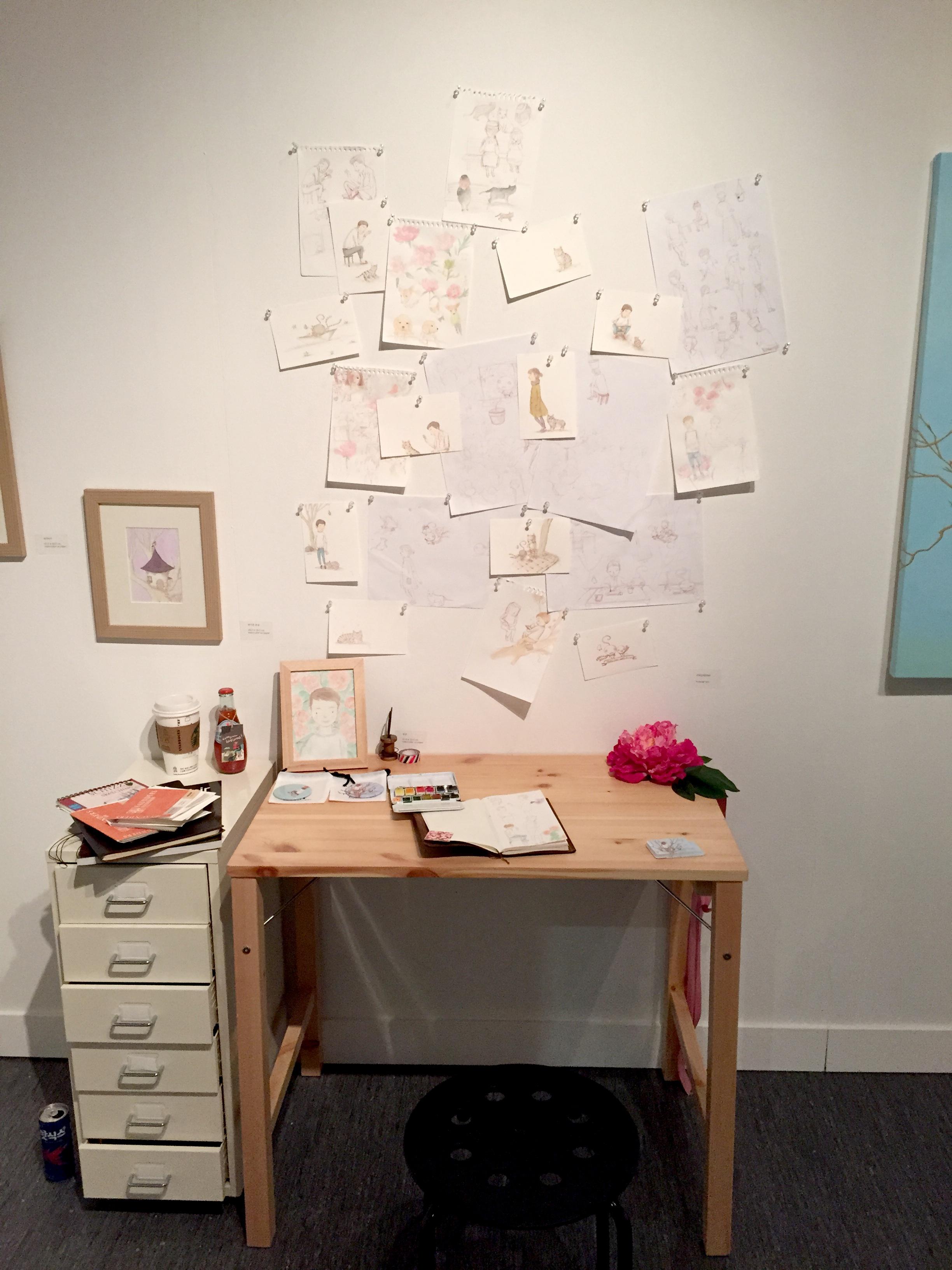 Fotos Gratis Escritorio Casa Oficina Mueble Habitaci N  ~ Aplicaciones De Diseño De Interiores