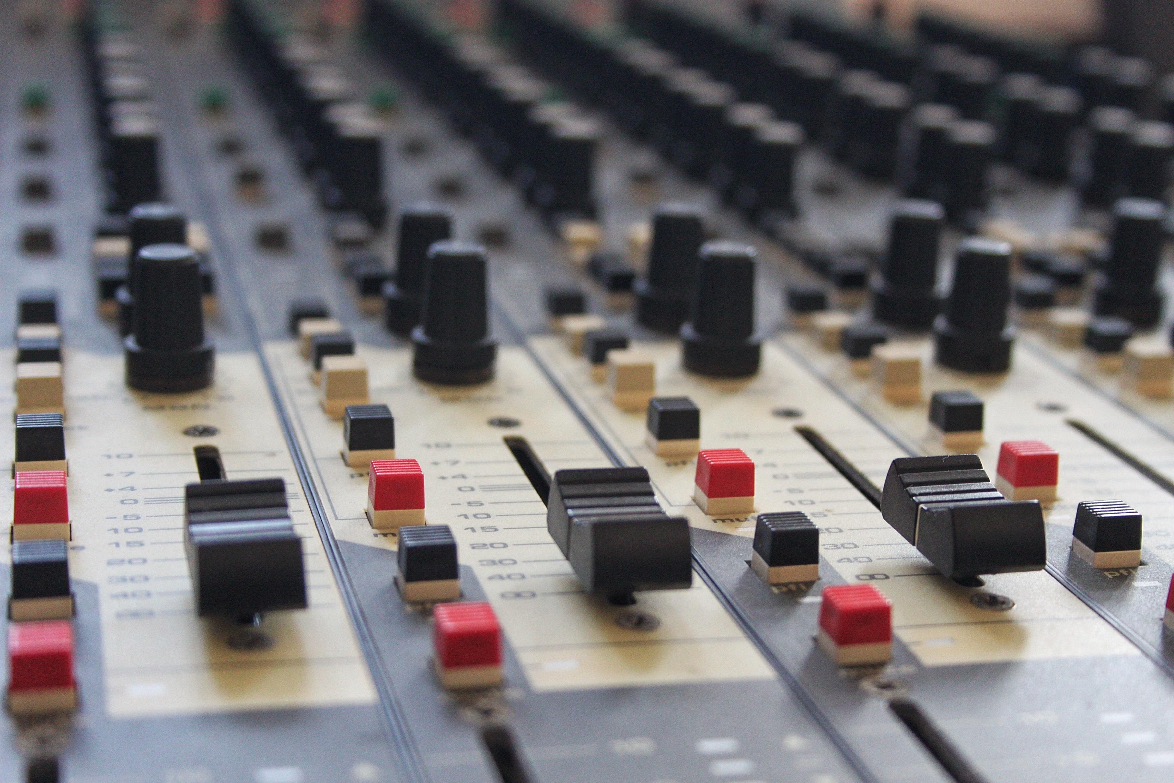 Desk Music Vintage Equipment Recording Studio Professional Toy Mixing Audio Mixer Sound Mix