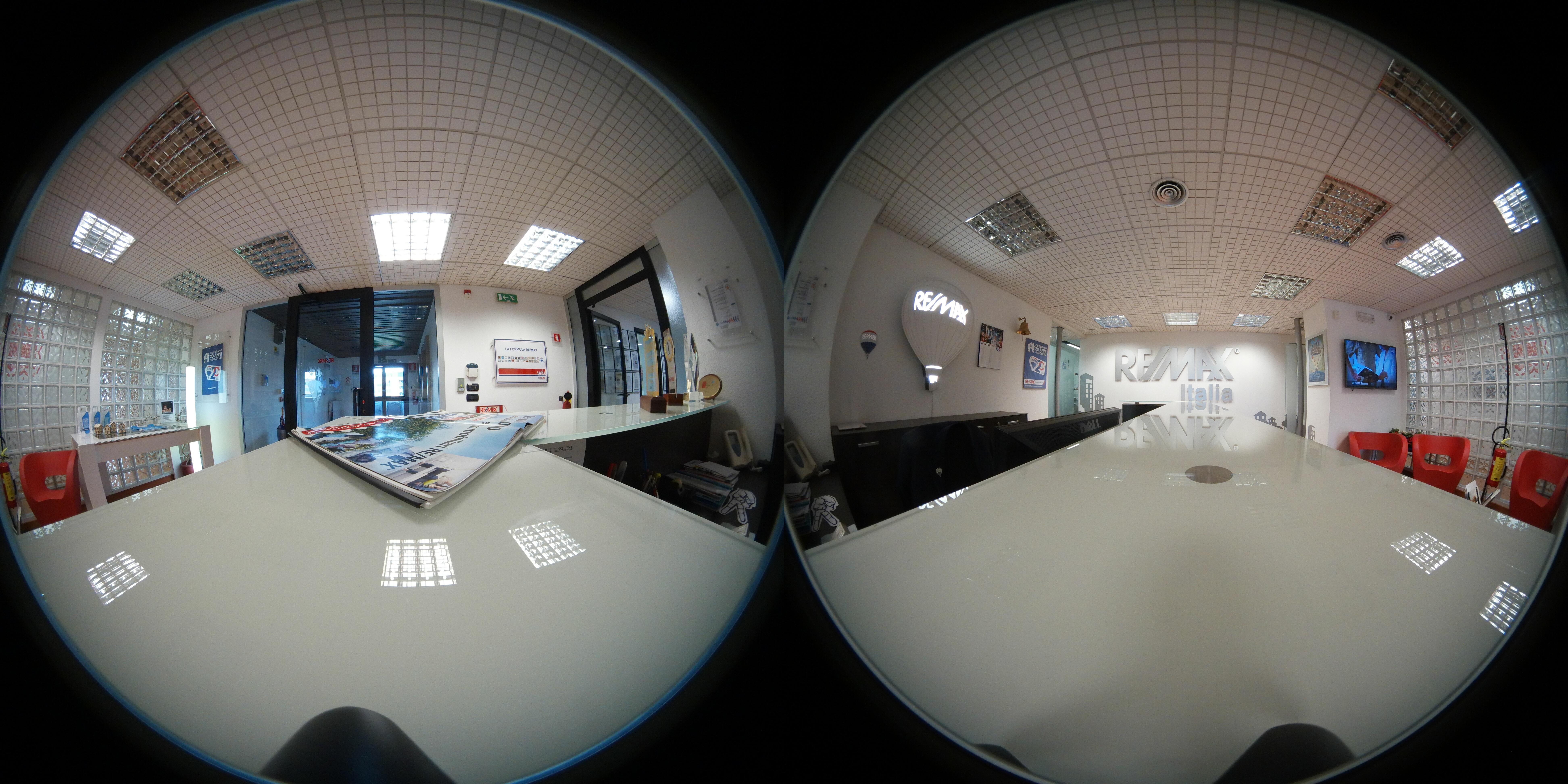 bàn nhiếp ảnh Văn phòng Thiết kế Vr Trò chơi 360 Công ty Thực tế ảo