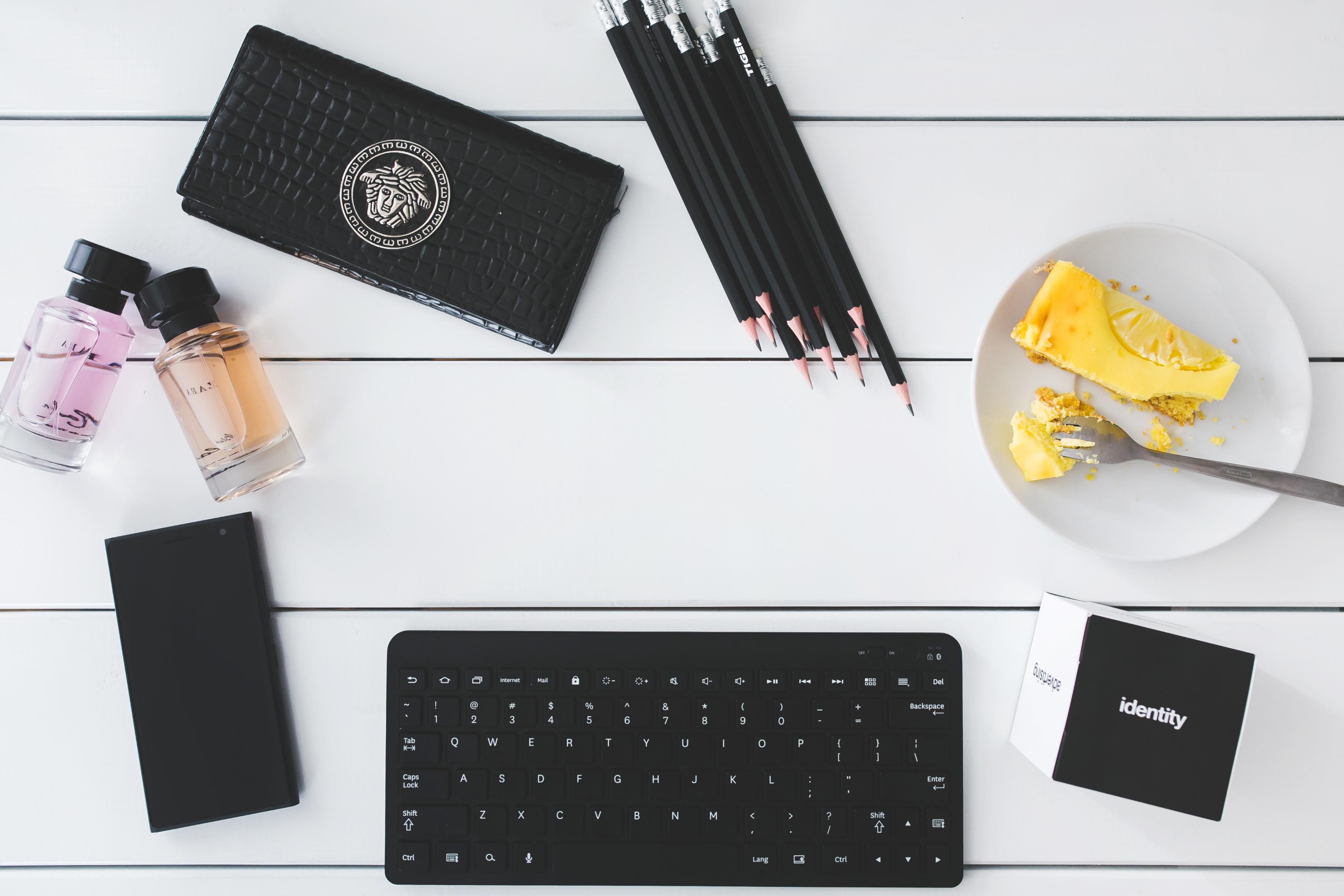 Desk Smartphone Keyboard Technology Worke Office Cake Brand Product Eye Pencils