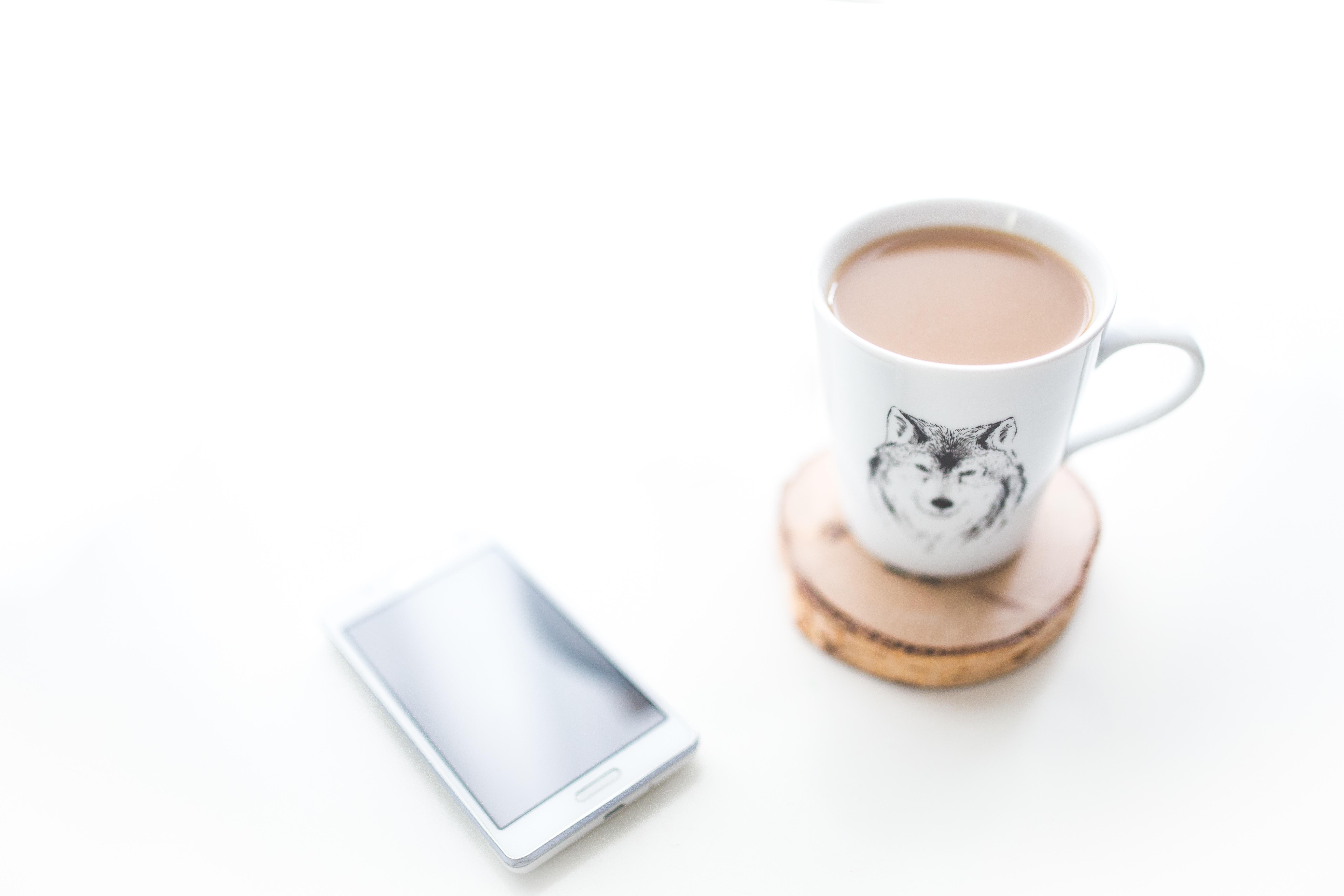 Kostenlose foto : Smartphone, Mobile, Hand, Kaffee, Technologie ...
