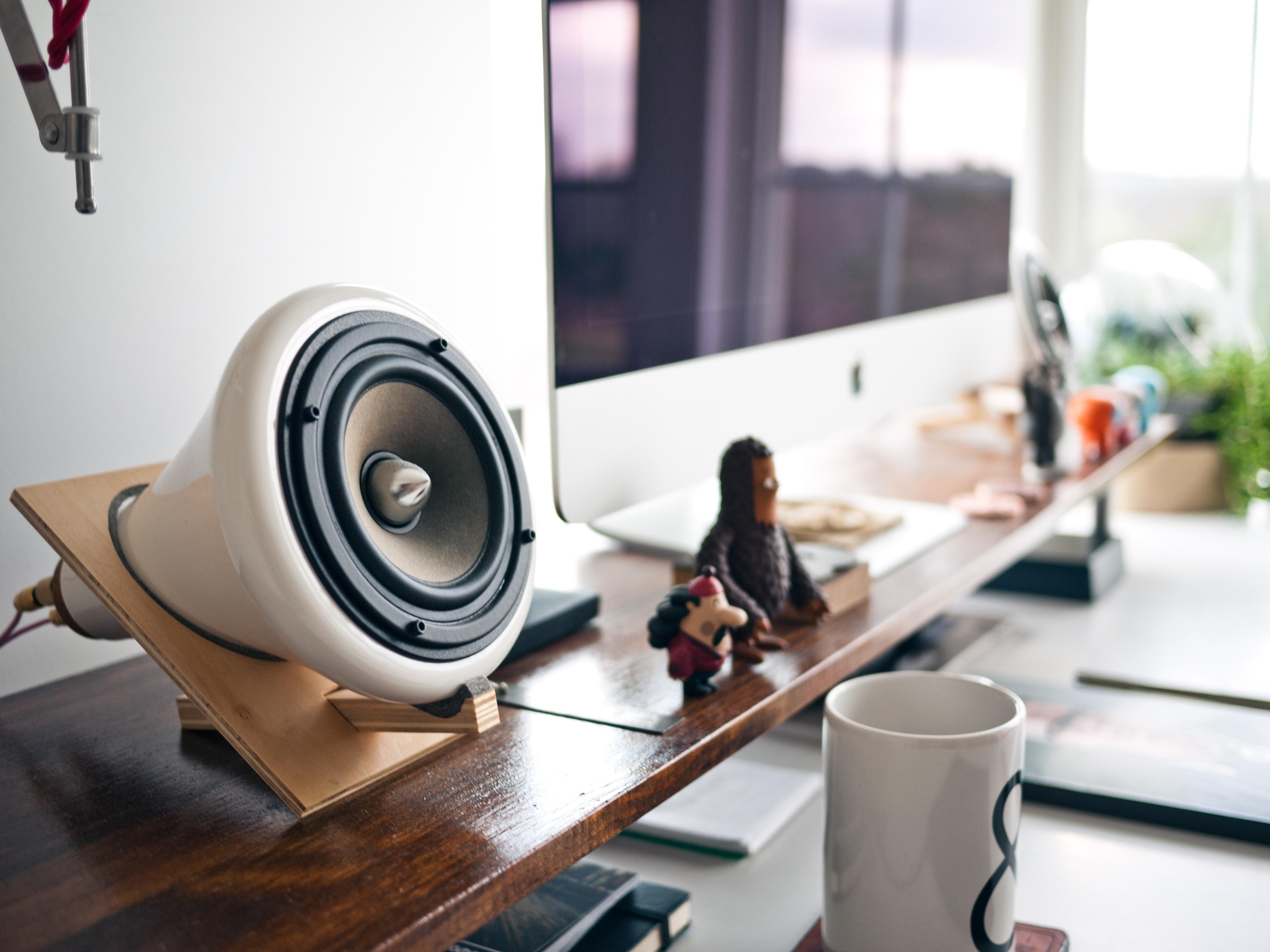 Desk Work Apple Table Workspace Desktop Speaker Room Interior Design  Designer Imac Design Display Sound Loudspeaker