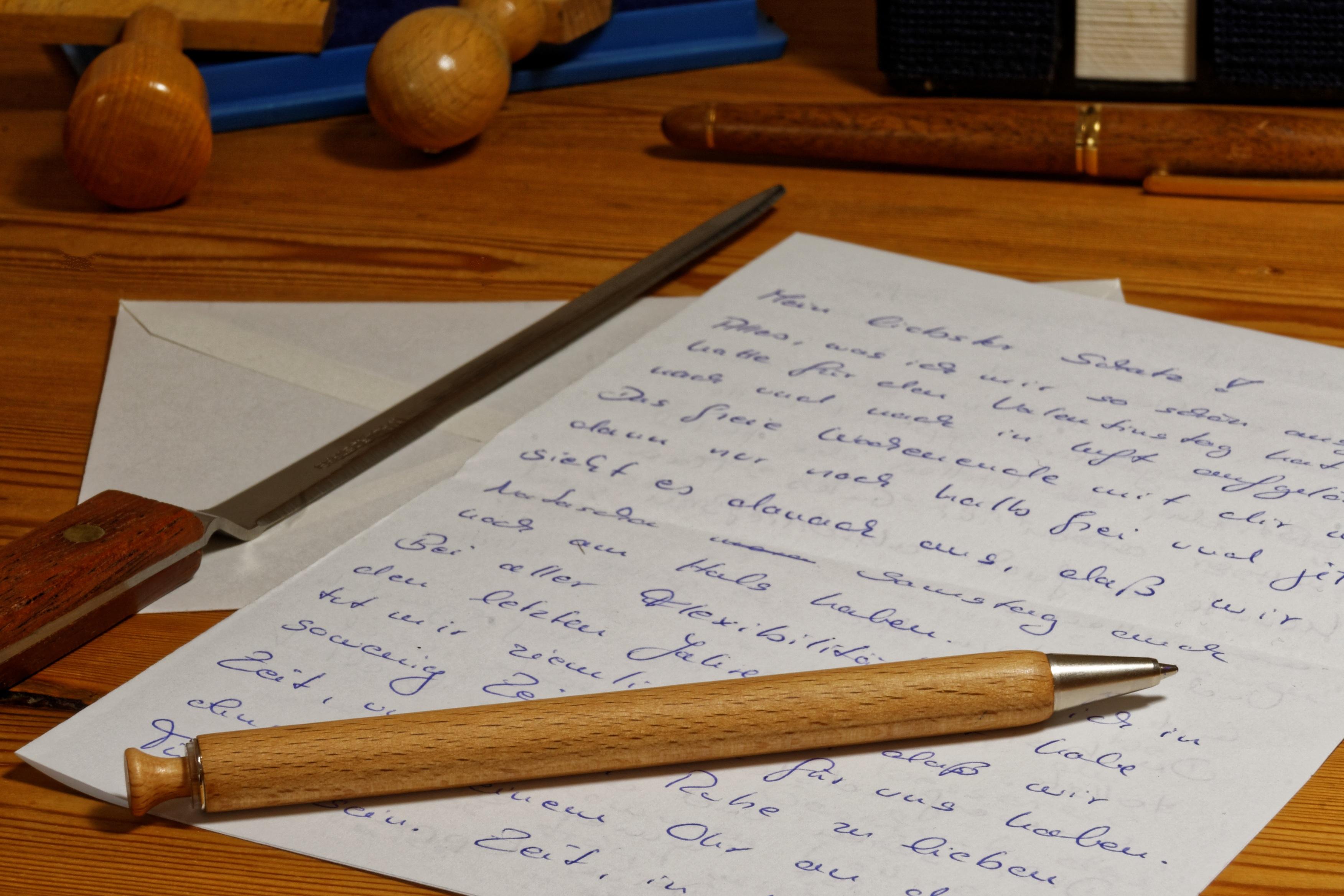 Images gratuites bureau l 39 criture crayon bois stylo for Bureau images gratuites