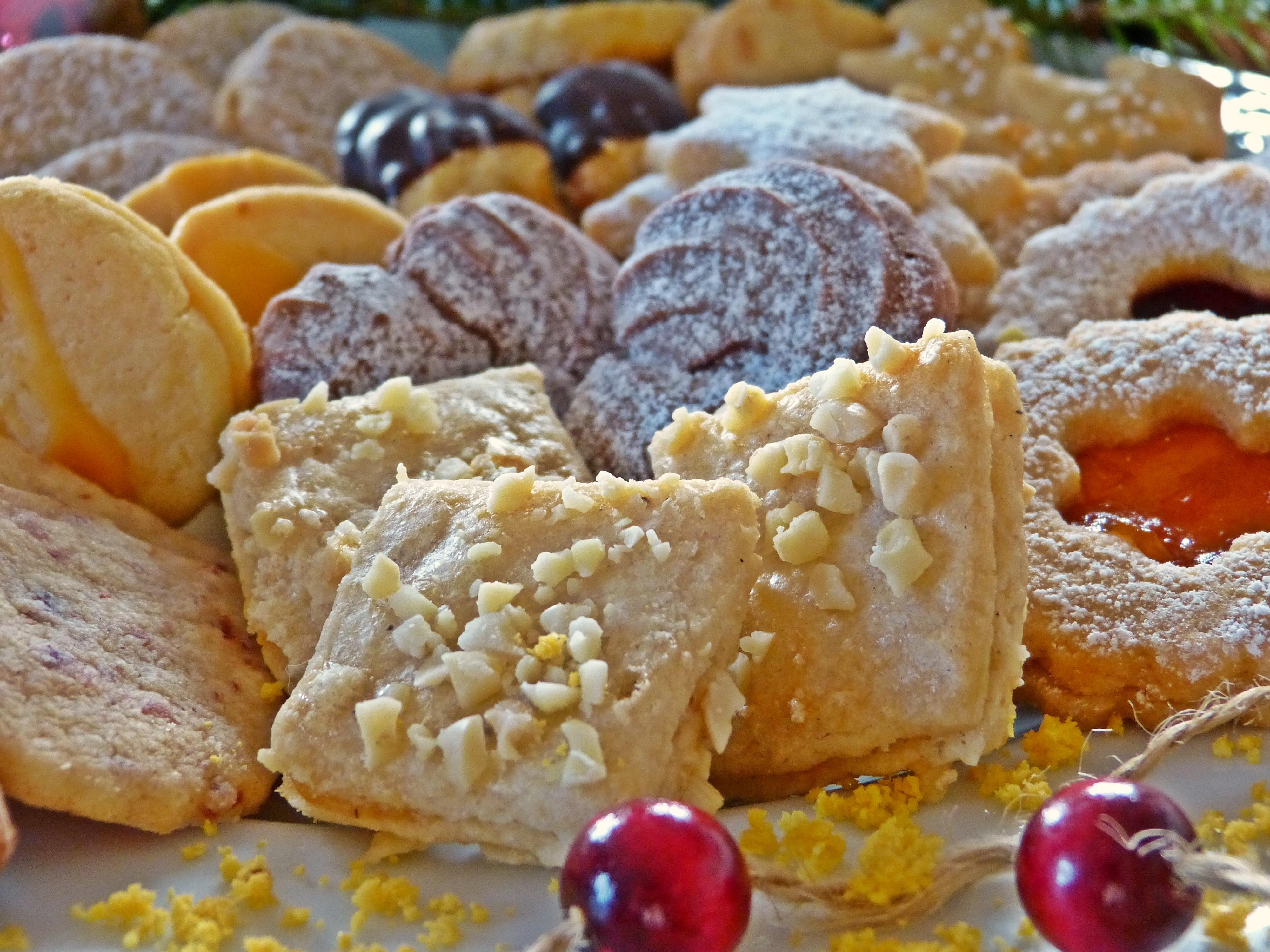 fotos gratis plato comida produce horneando galleta postre cocina pasteles adviento galletas de navidad incluso horneado dulzura pastelera