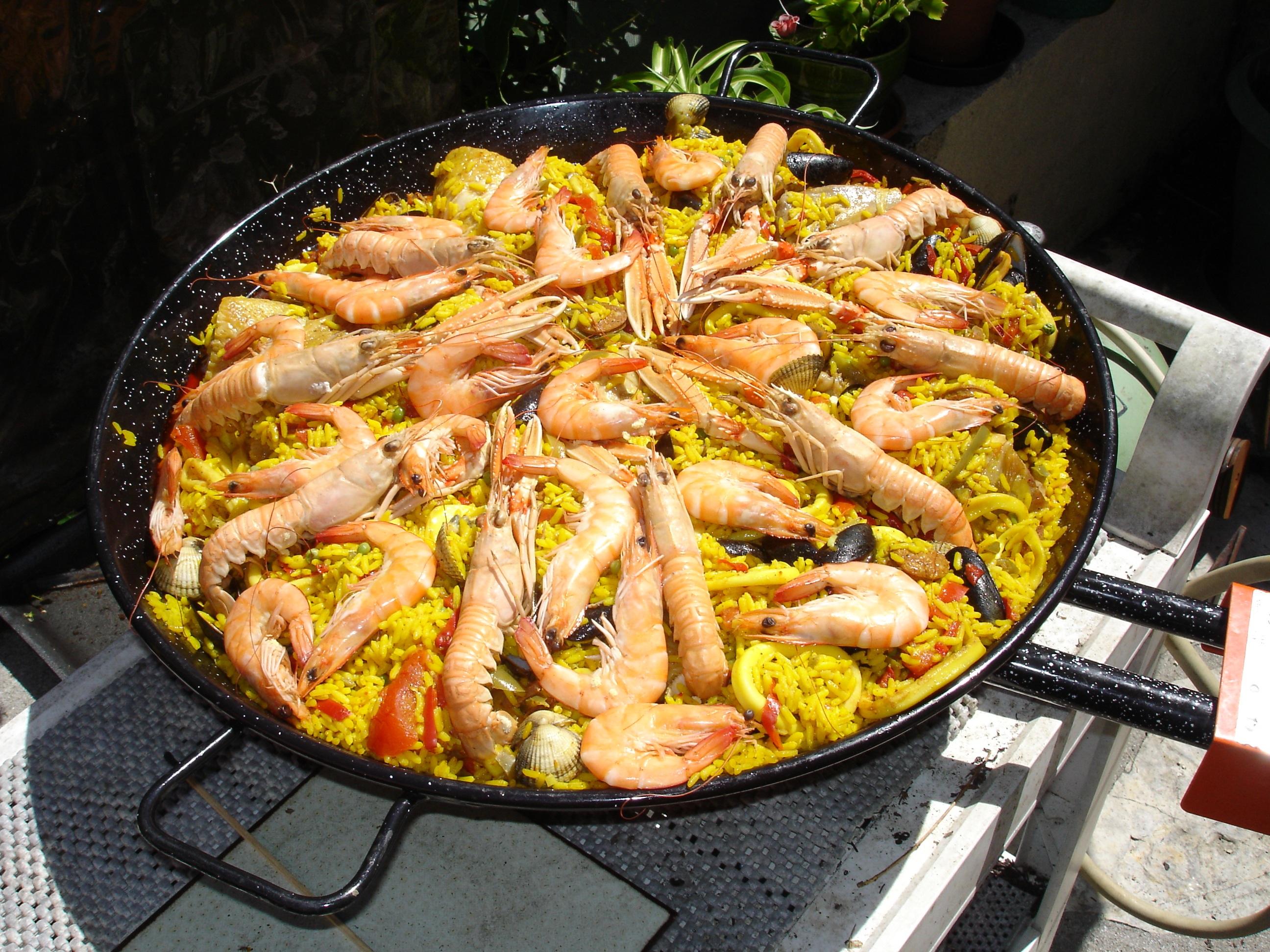 Fotos gratis : plato, cocina, carne, Mejillones, paella ...