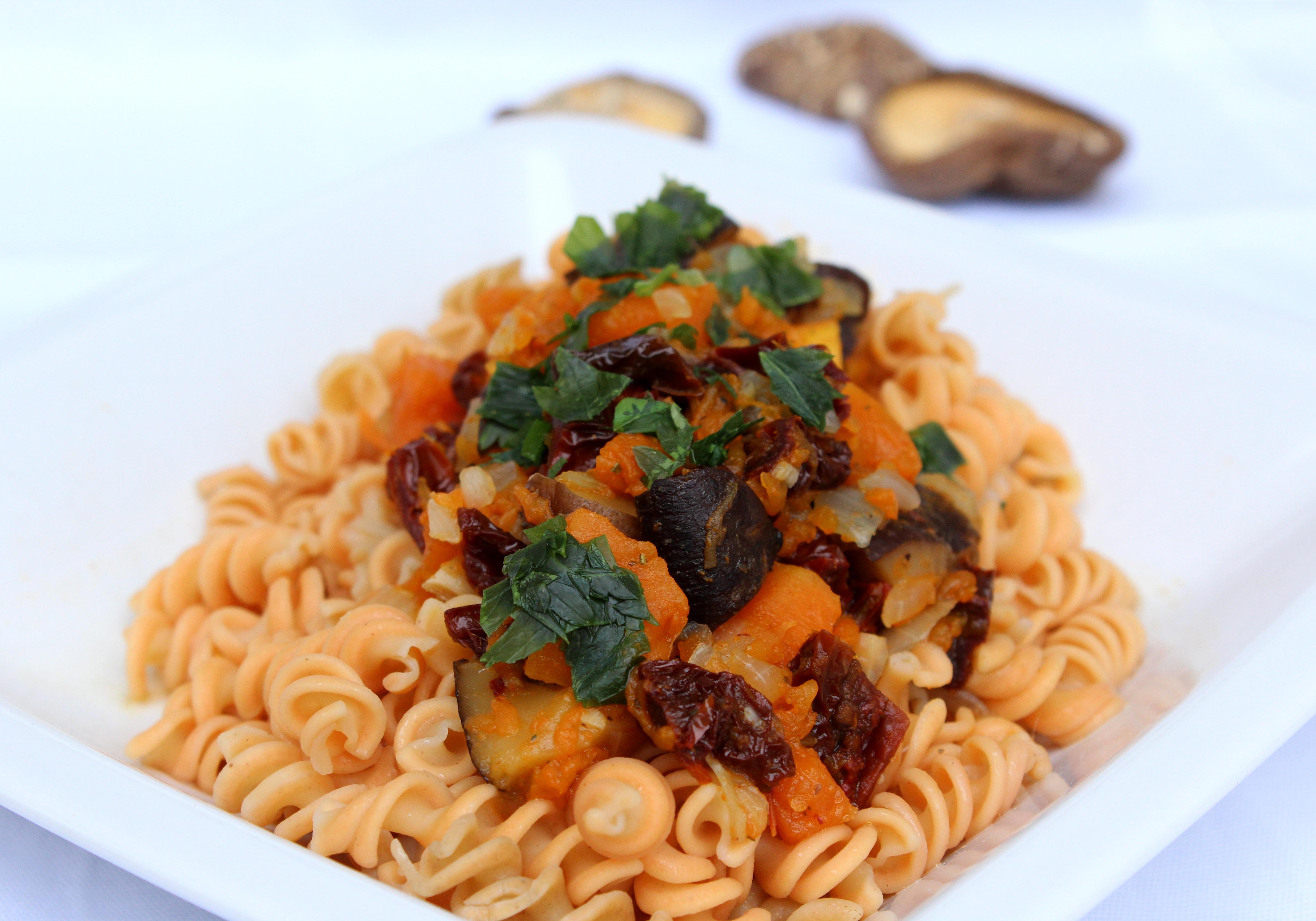 Блюда из макарон в картинках
