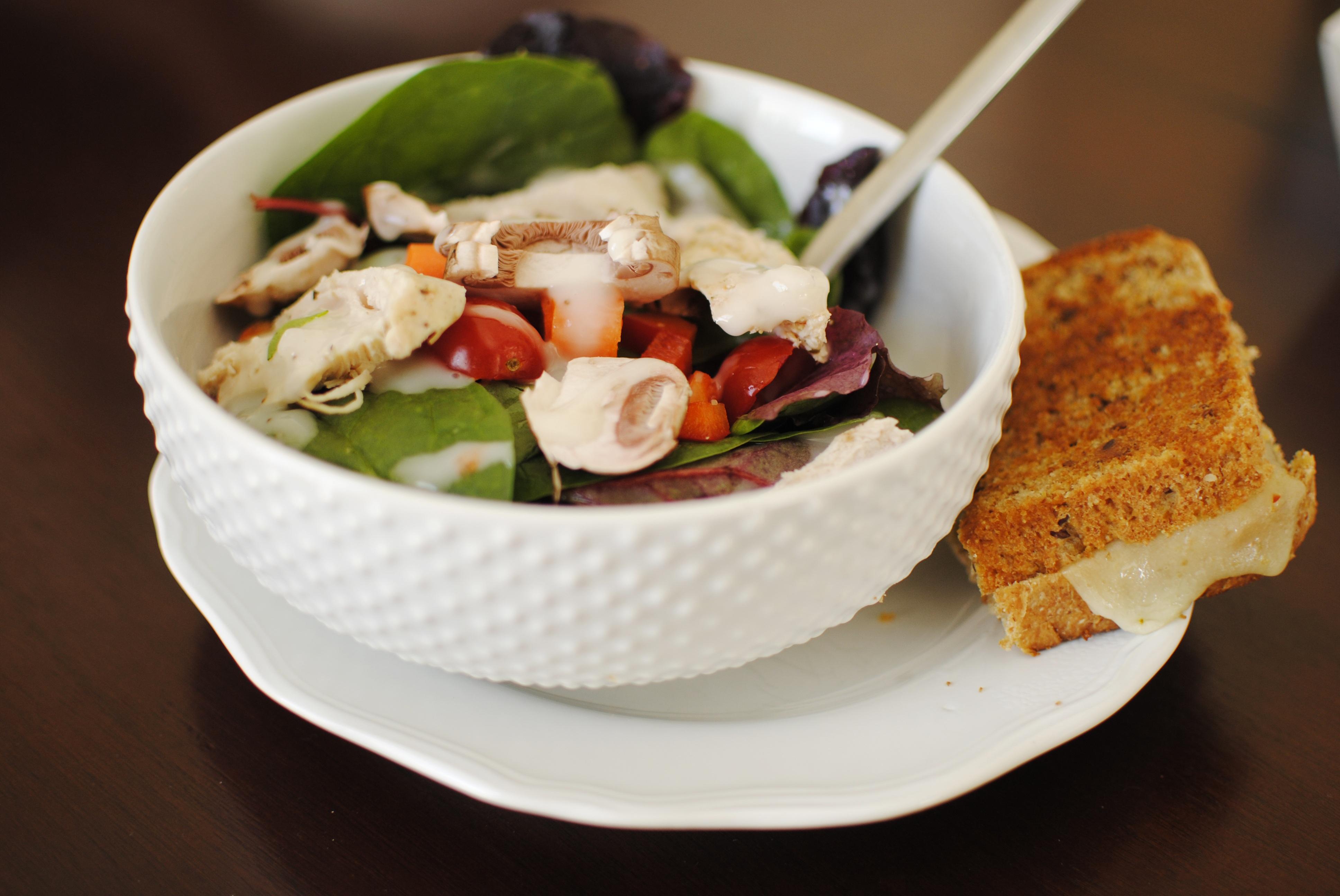 Fotos gratis plato ensalada produce vegetal fresco for Comidas frescas