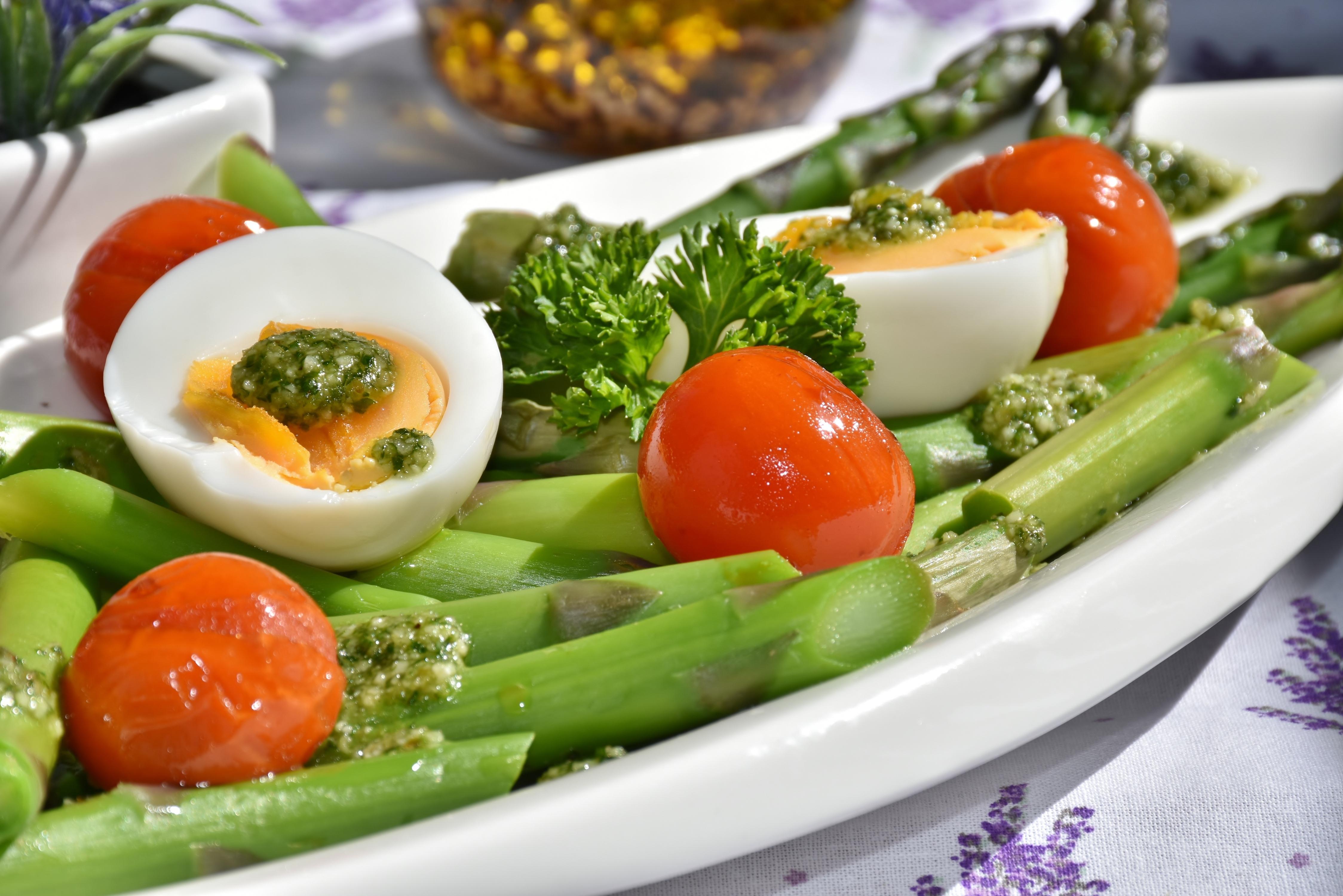 Fotos gratis plato ensalada primavera produce - Cocinar verduras para dieta ...