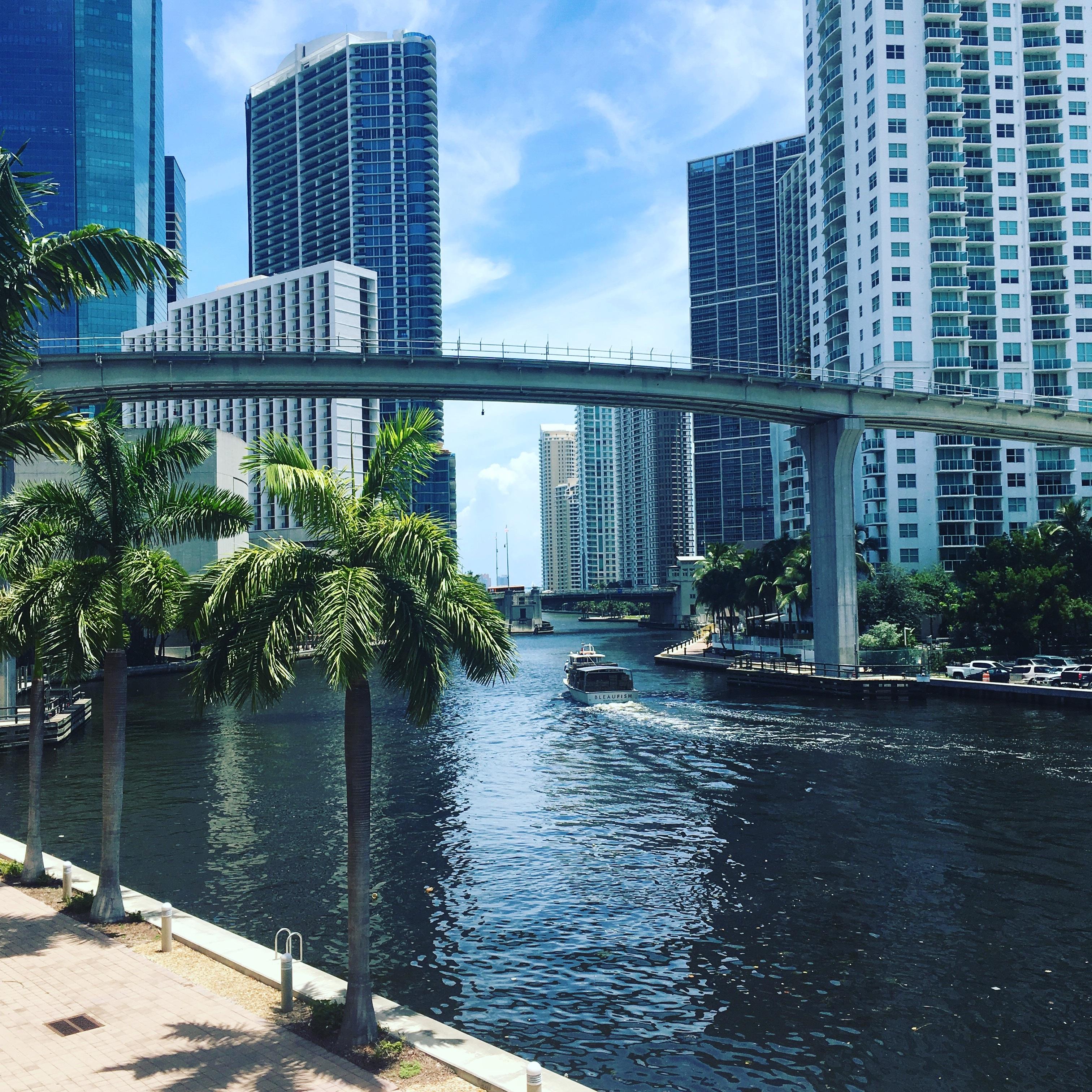 Gambar Dermaga Arsitektur Perahu Jembatan Kaki Langit