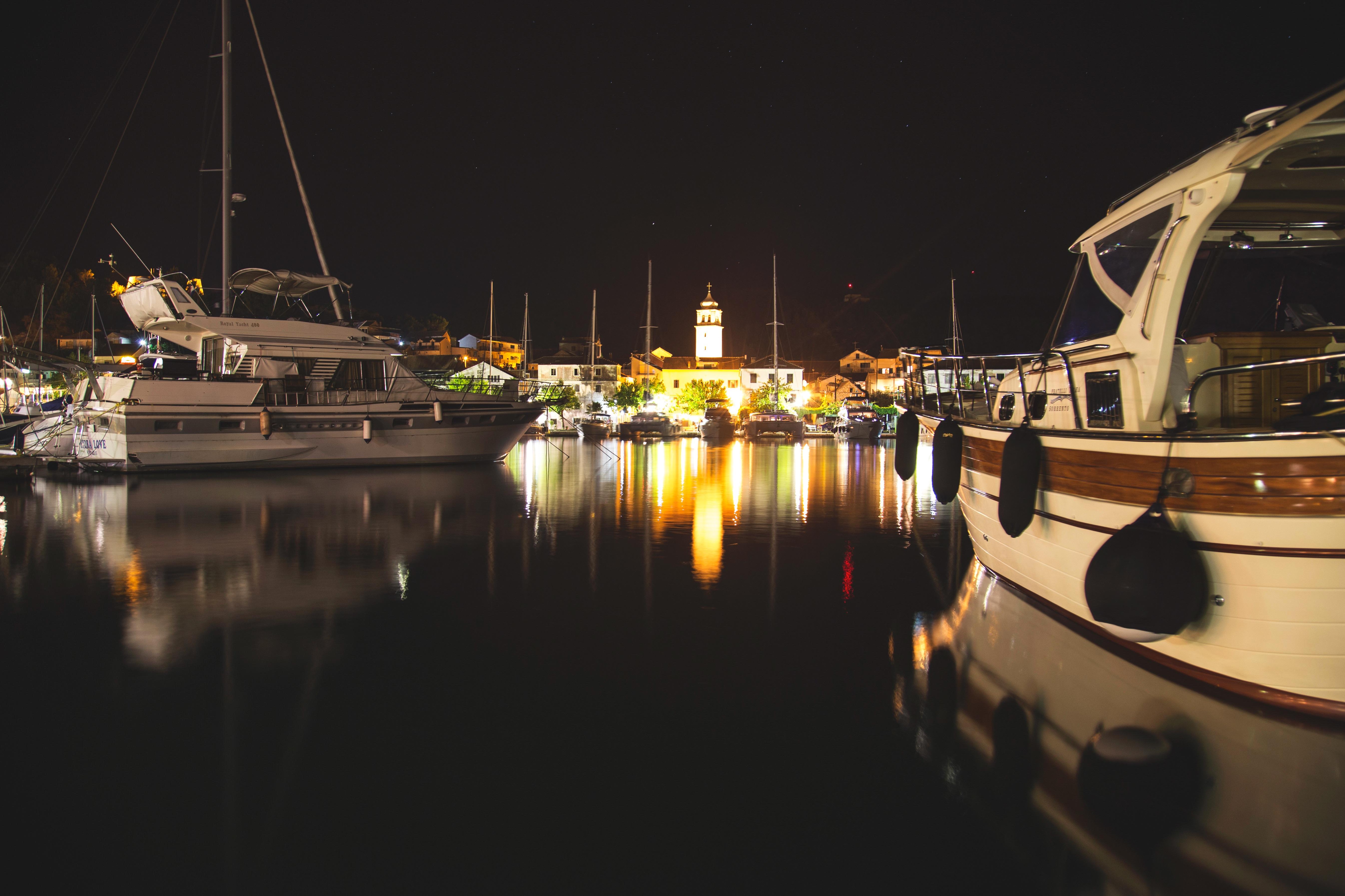 Картинки с яхтами ночью