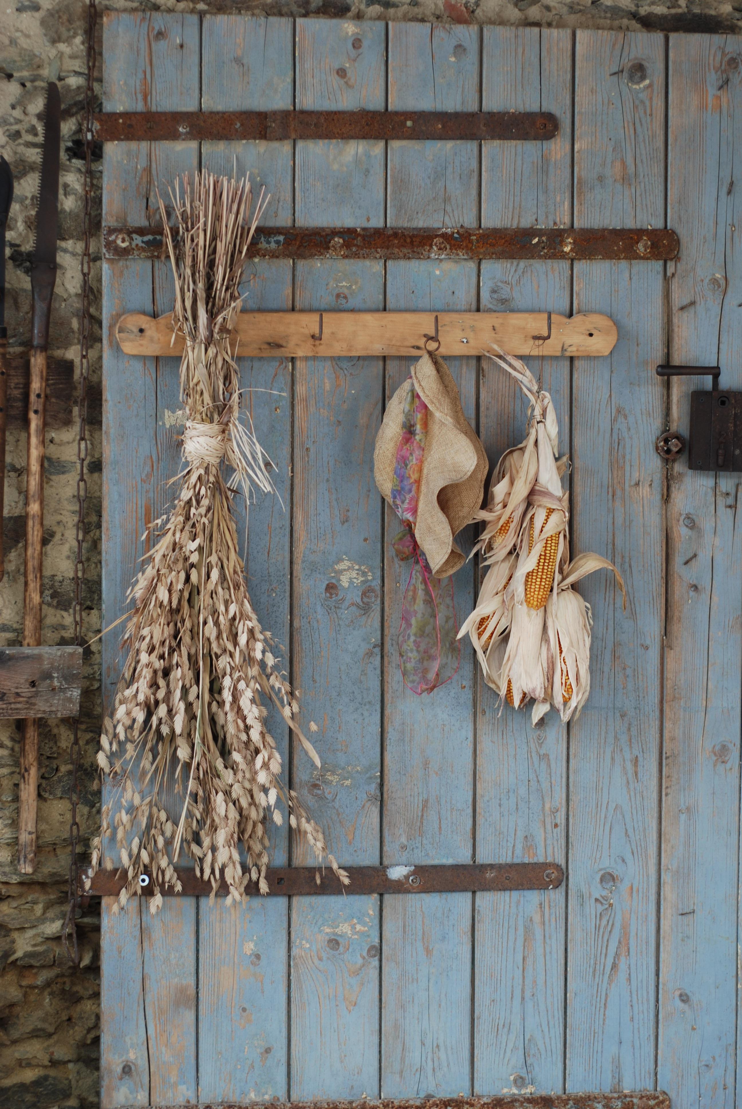 Images Gratuites : bois flotté, ferme, fenêtre, mur, village, blé ...