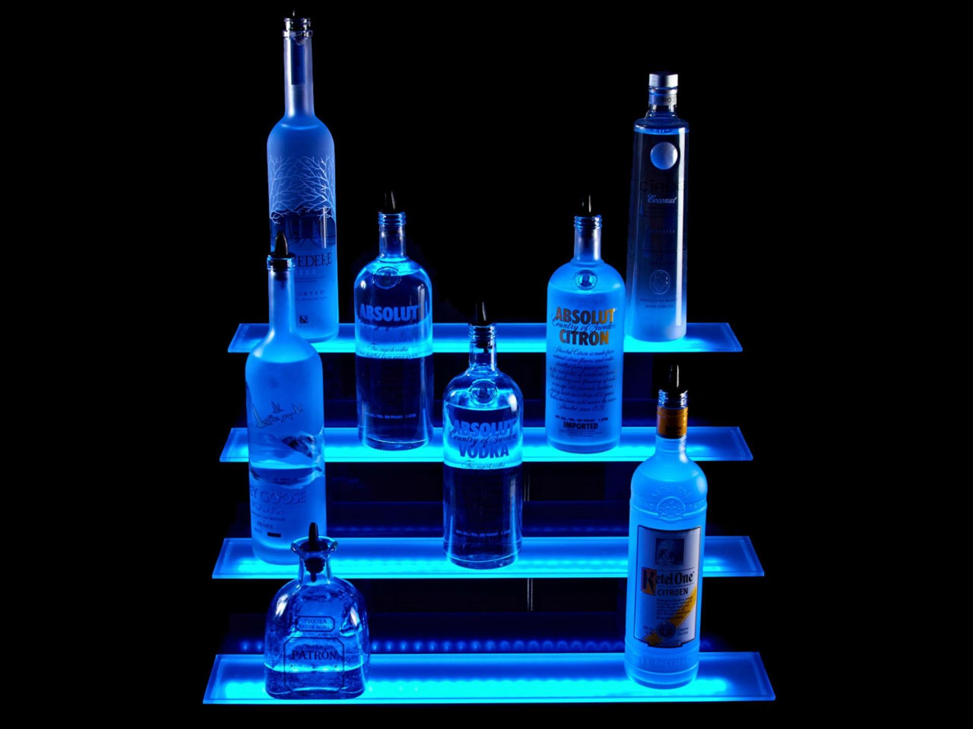 h\u00ecnh \u1ea3nh : chai, m\u00e0u xanh da tr\u1eddi, Chai, \u0111\u1ed3 u\u1ed1ng, \u0110\u1ed3 u\u1ed1ng ch\u01b0ng c\u1ea5t, \u0111\u00e8n LED, K\u1ec7 r\u01b0\u1ee3u, D\u1ea3i c\u00f3 ...