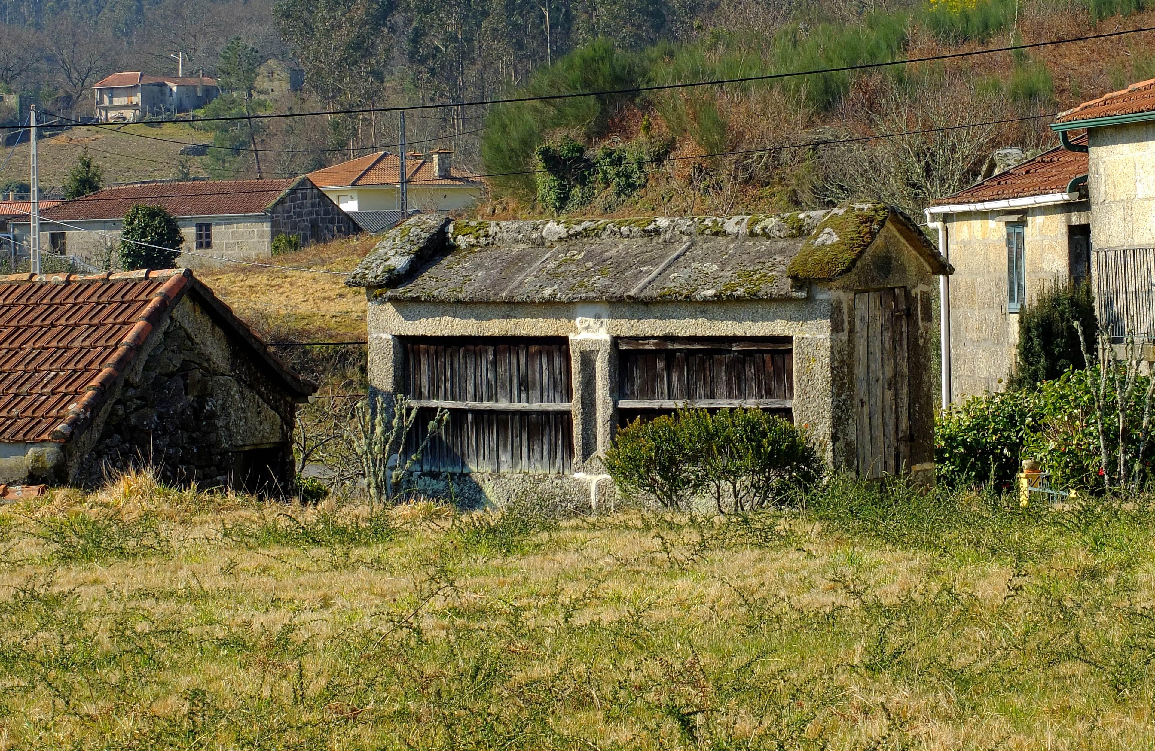 Casa de madera galicia cool casa de madera galicia with - Casas de madera pontevedra ...