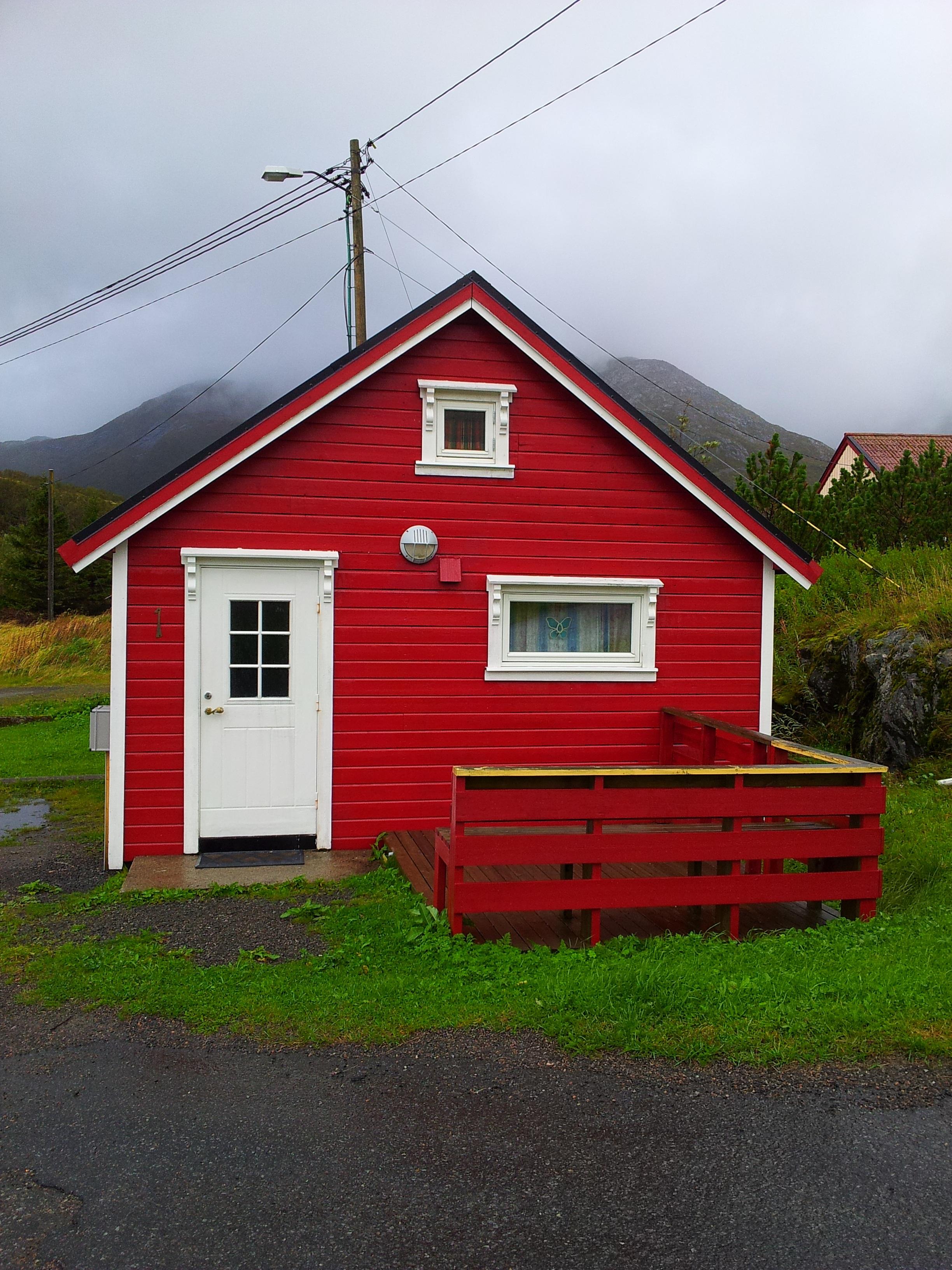 Фото дачных домов красного цвета
