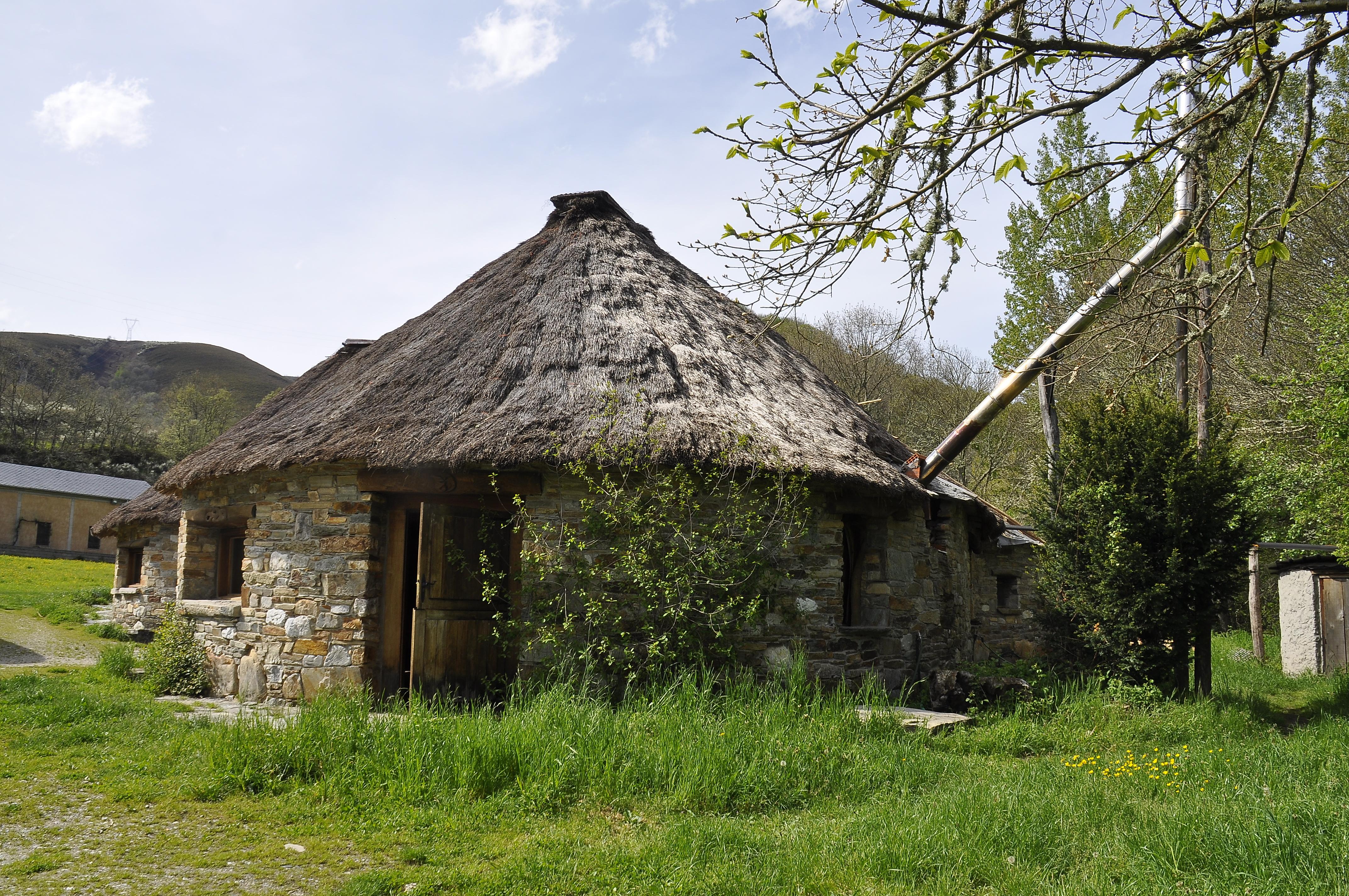 Fotos gratis granja edificio choza pueblo caba a - Casas gratis en pueblos de espana ...