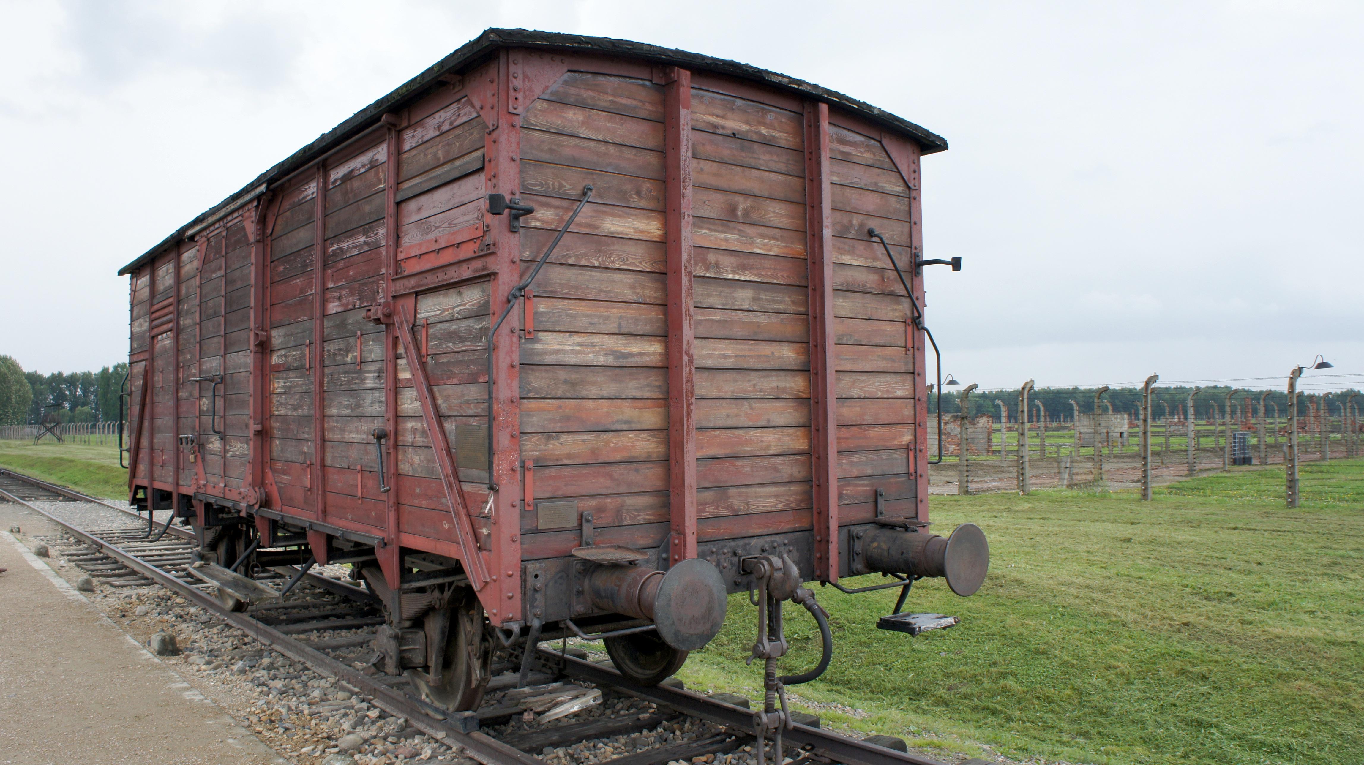 images gratuites ferme train v hicule guerre locomotive auschwitz transport ferroviaire. Black Bedroom Furniture Sets. Home Design Ideas