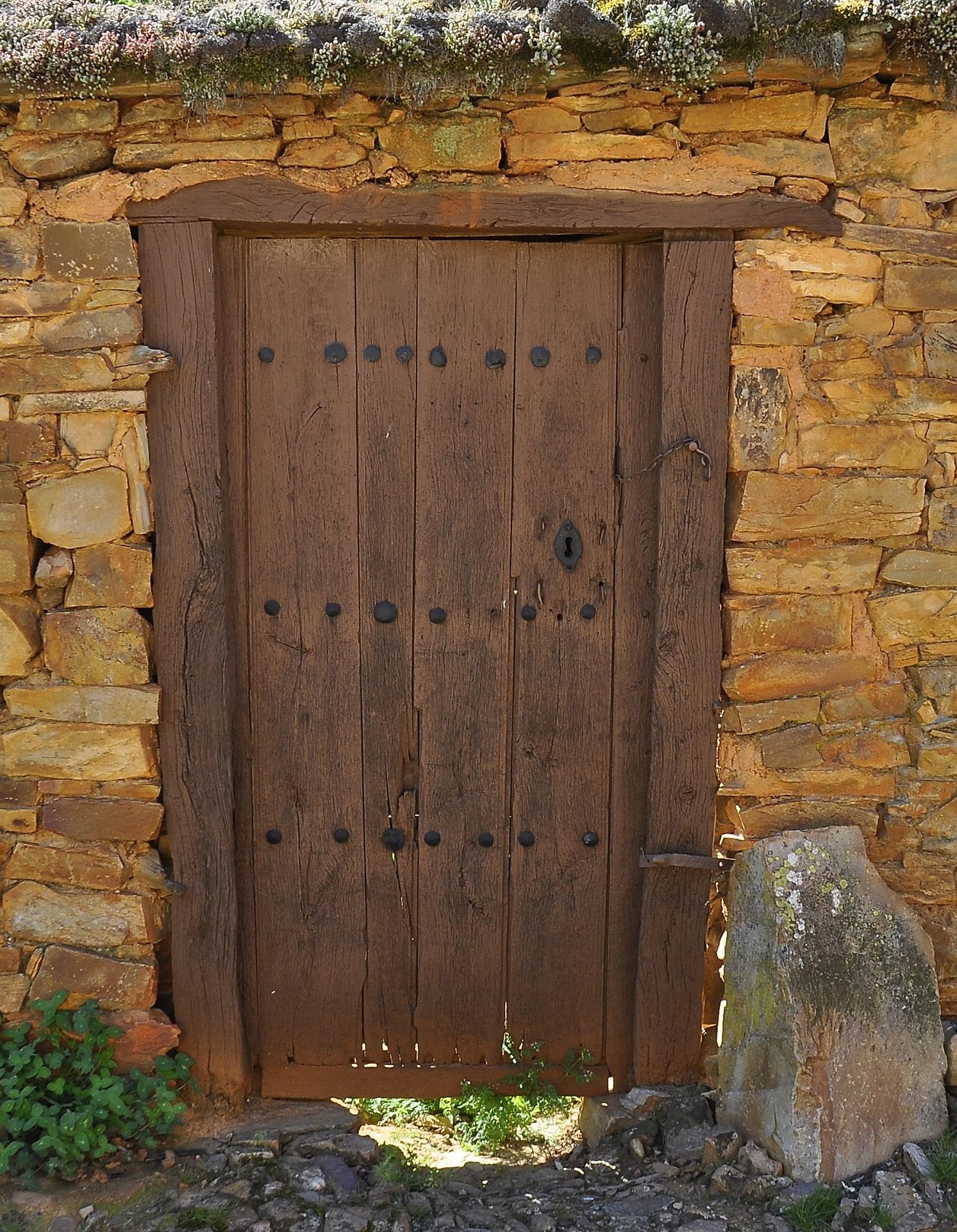 Puertas jardin madera vallas y puertas madera with for Puertas salida jardin