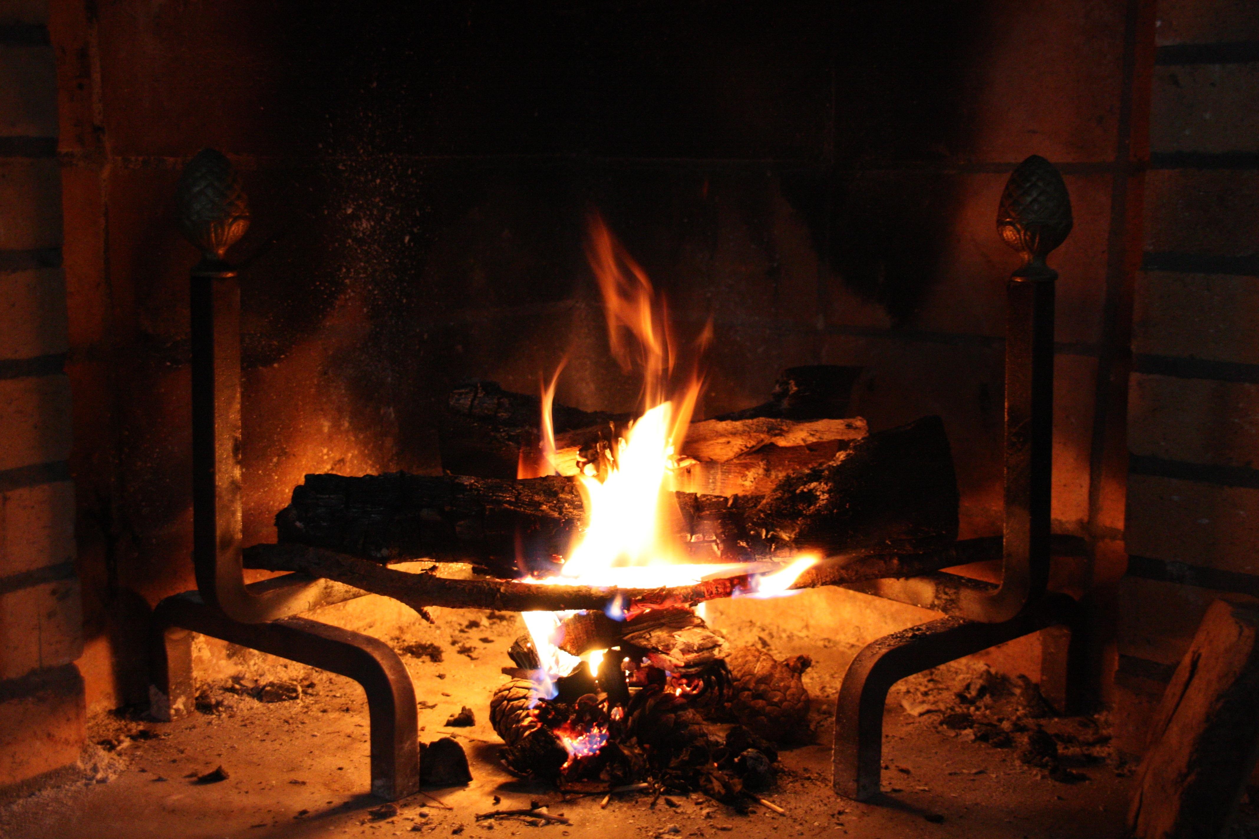 Fotos Gratis Fuego Chimenea Hoguera Caliente Cebar