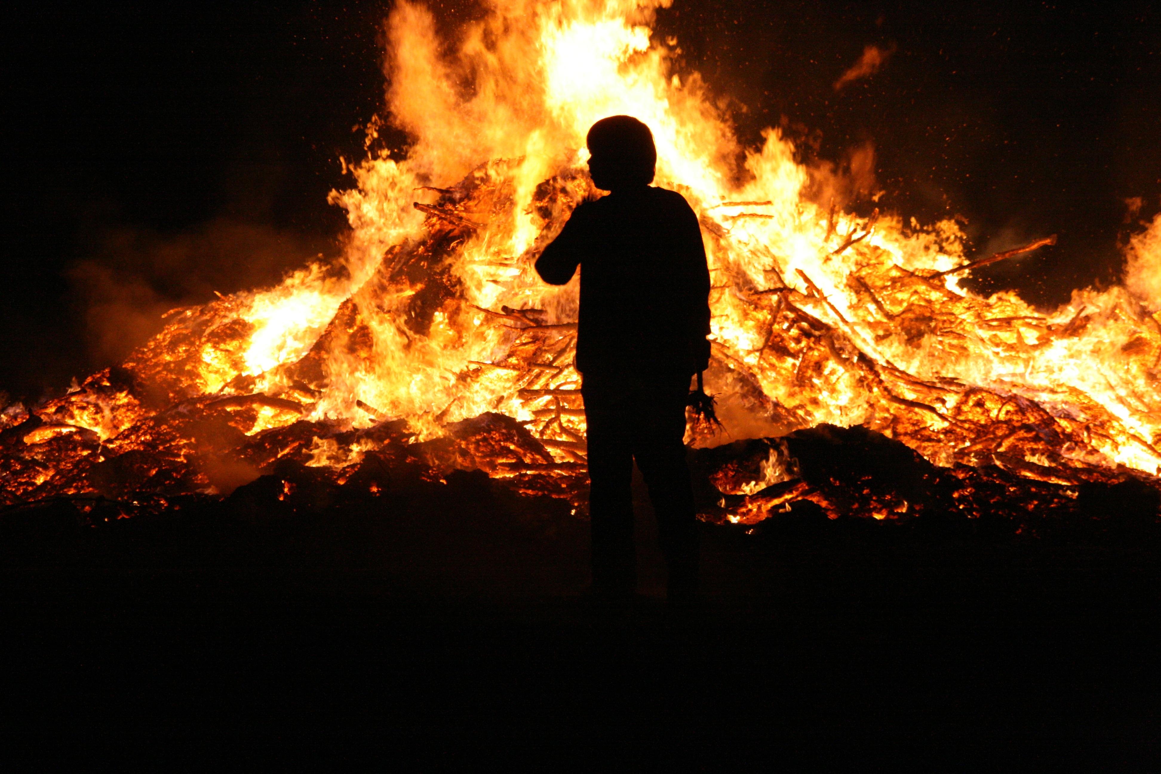Free Images : flame, campfire, bonfire, burn, blaze, wood fire, customs, easter fire 3888x2592