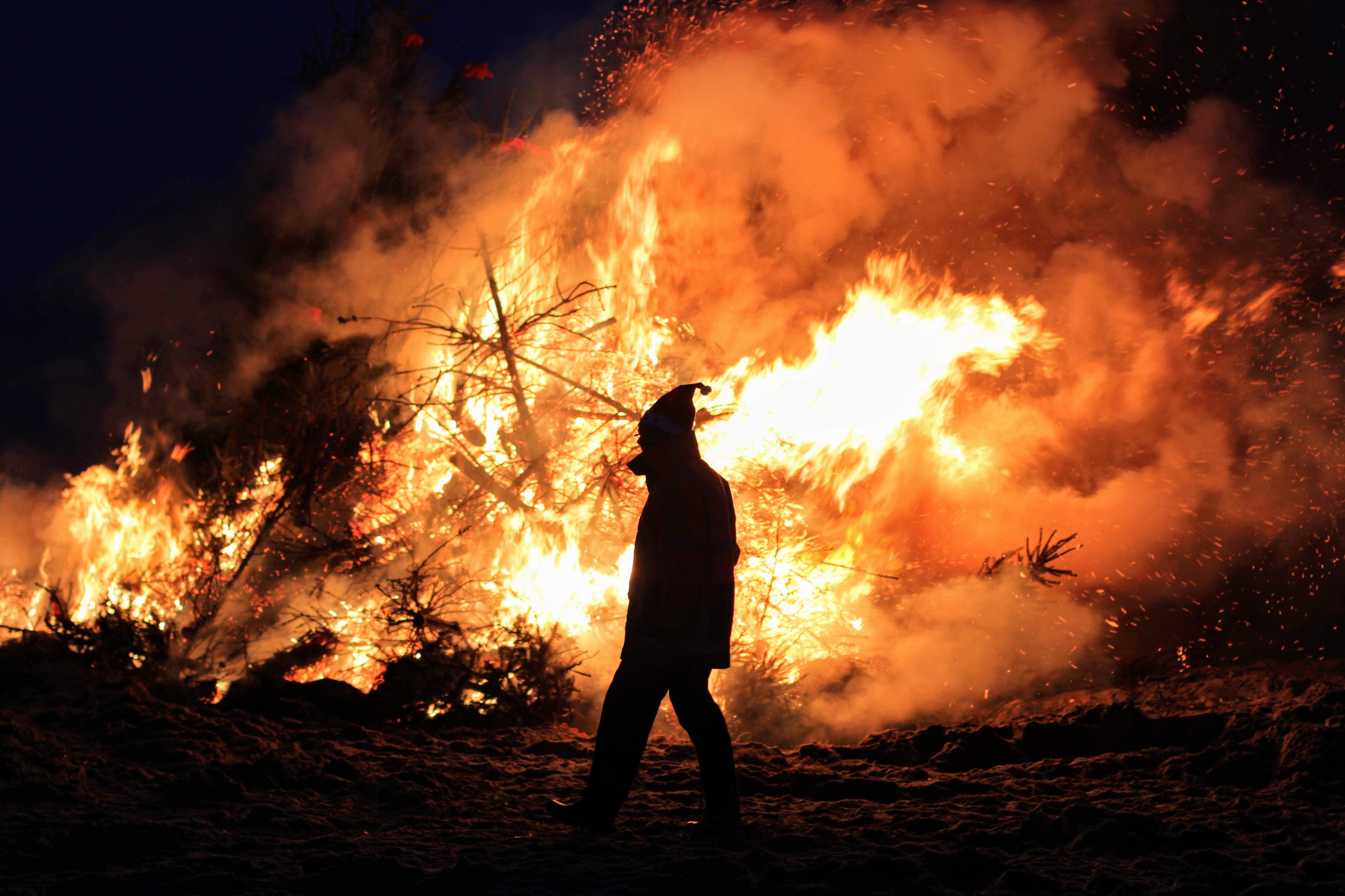 картинки на тему следите за огнем размахом