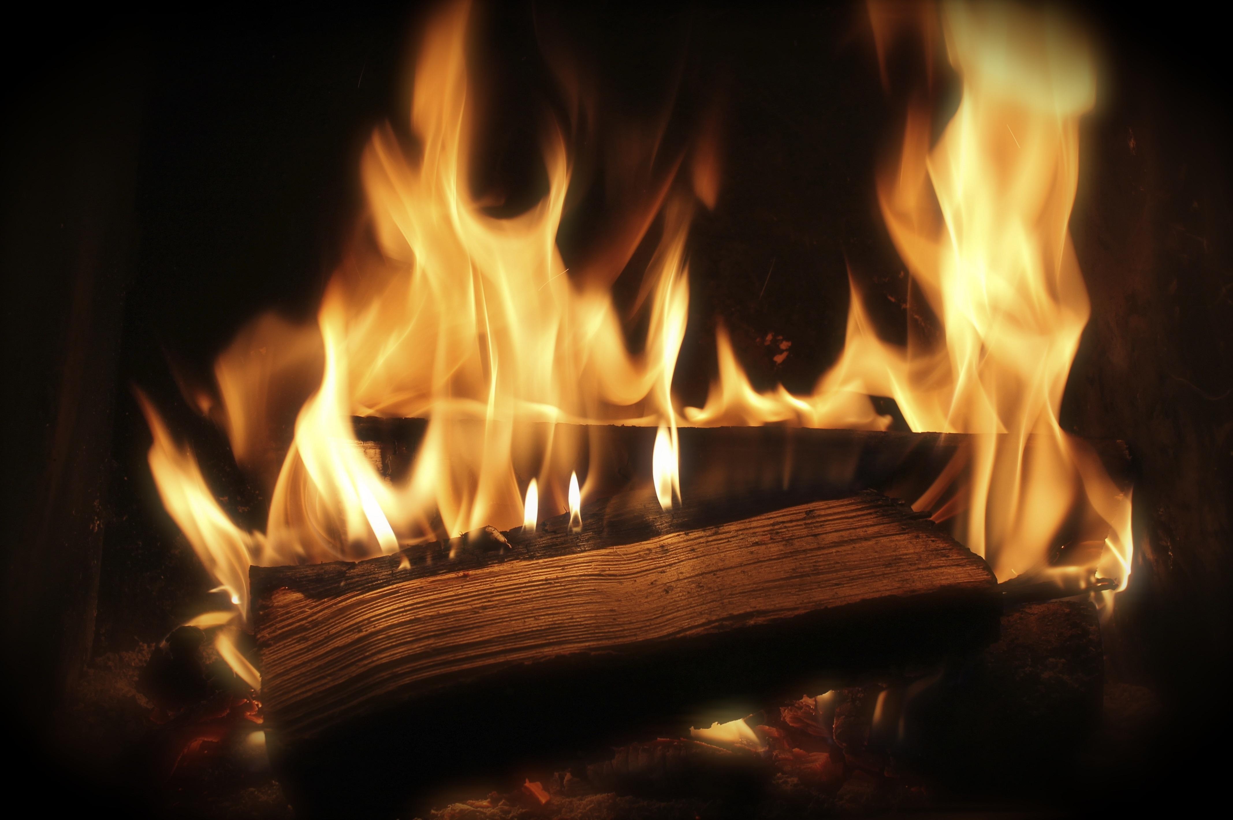 Images gratuites flamme chemin e obscurit bois de for Forrar chimenea