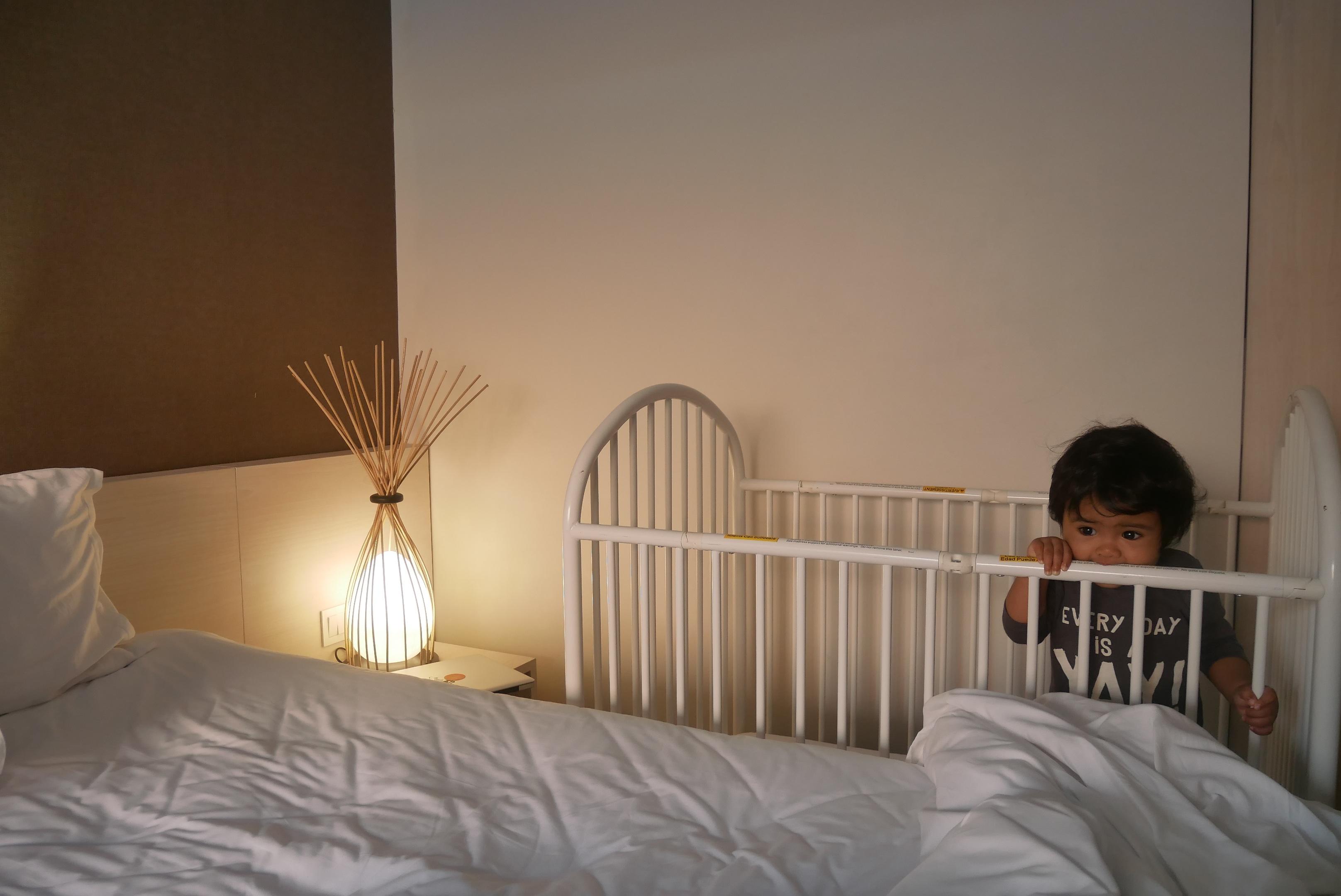 Design Slaapkamer Meubilair : Gratis afbeeldingen verdieping huisje eigendom meubilair