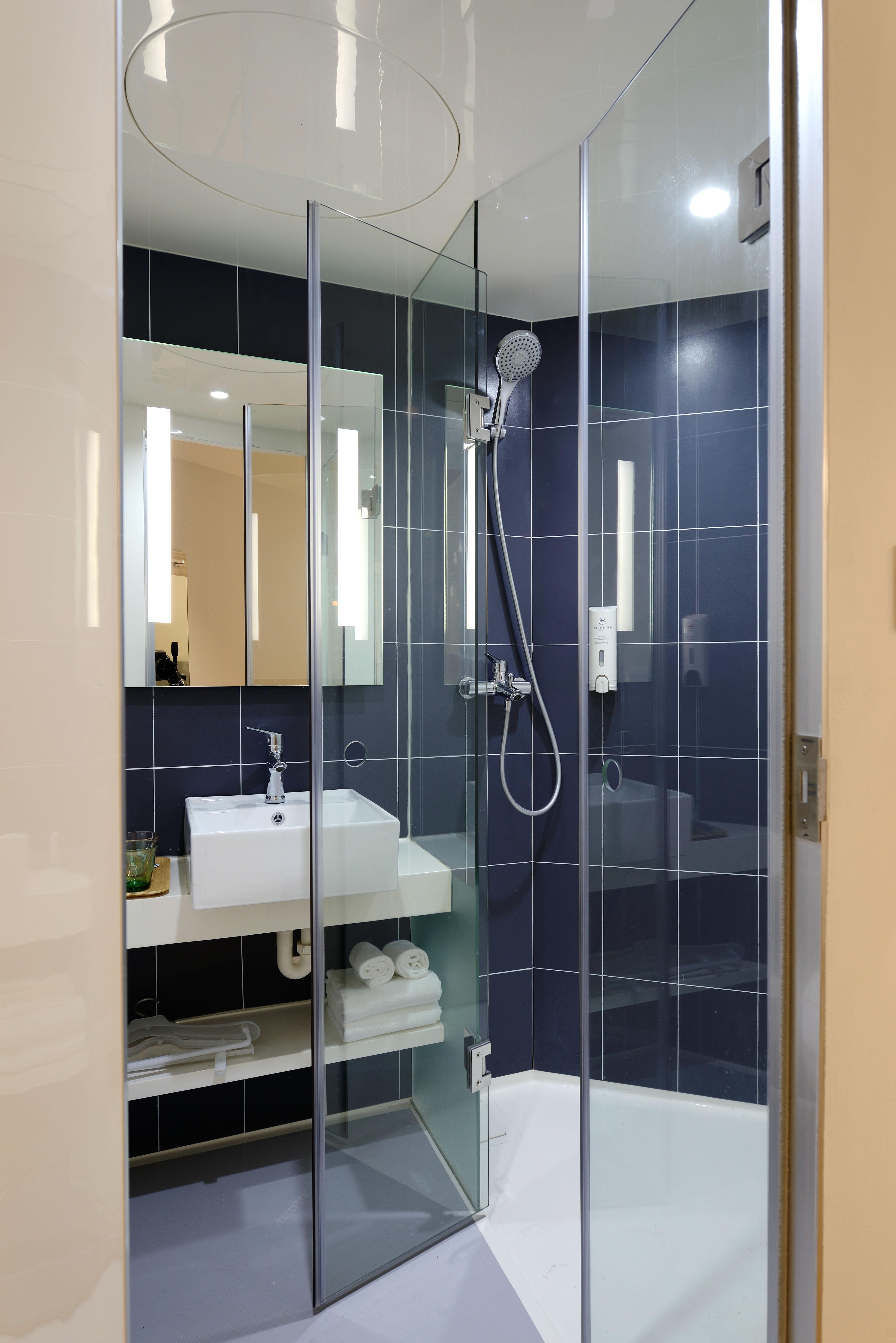 Free Images : floor, glass, interior design, bathroom, hotel, new ...