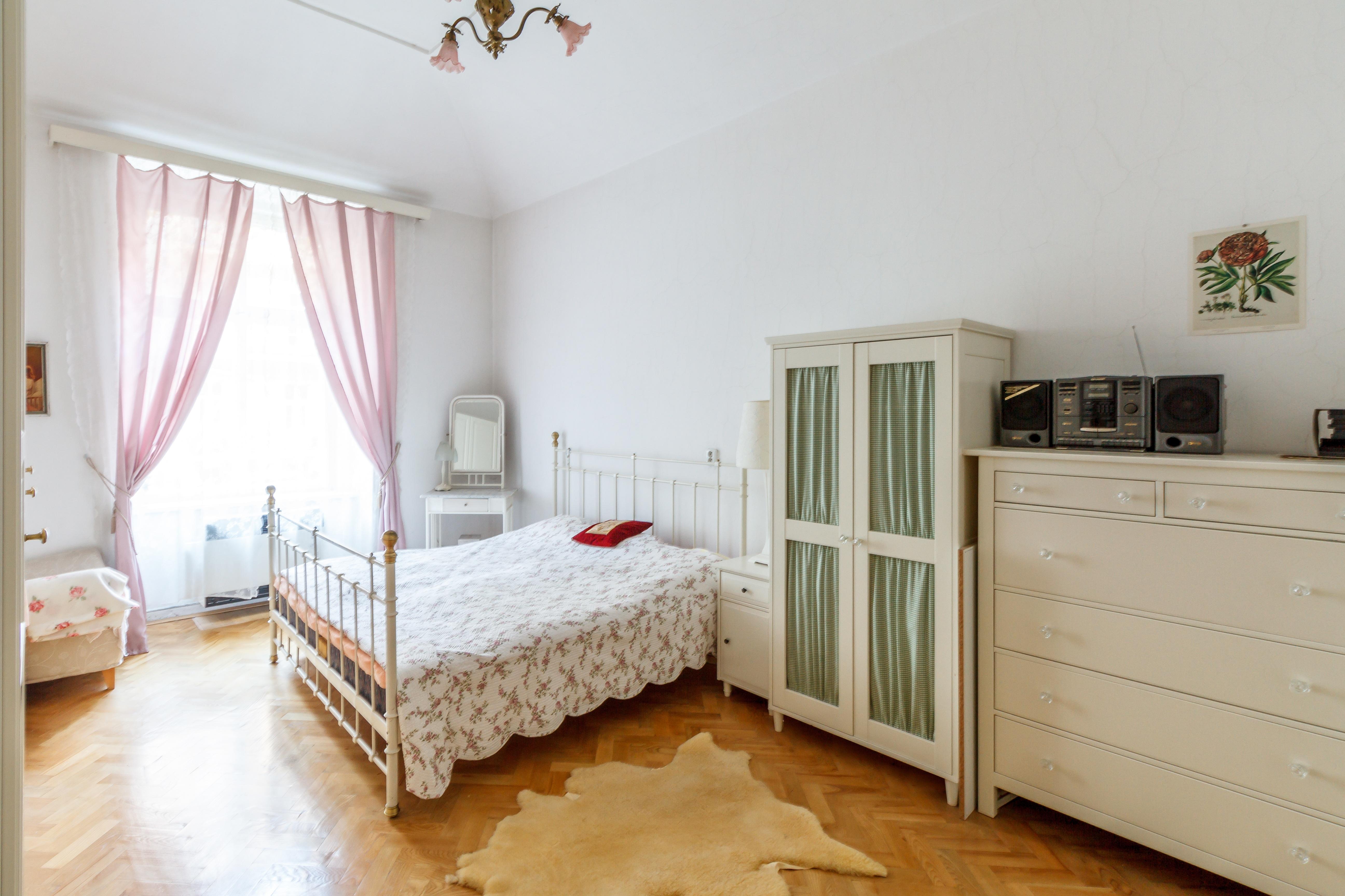 Ingyenes képek : padló, Otthon, kunyhó, ingatlan, bútor, szoba ...