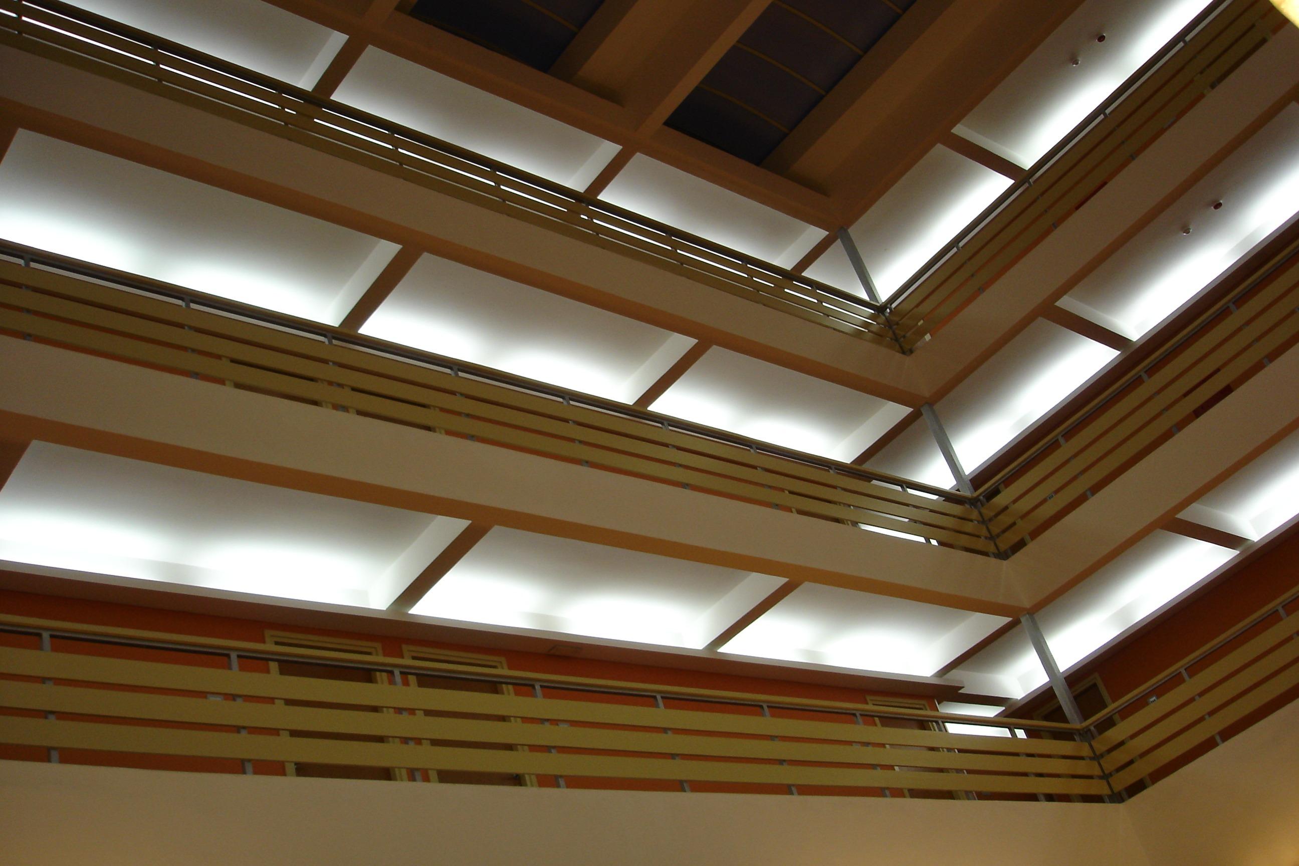 Plafond maison top plafond maison with plafond maison for Platre sculpte marocain