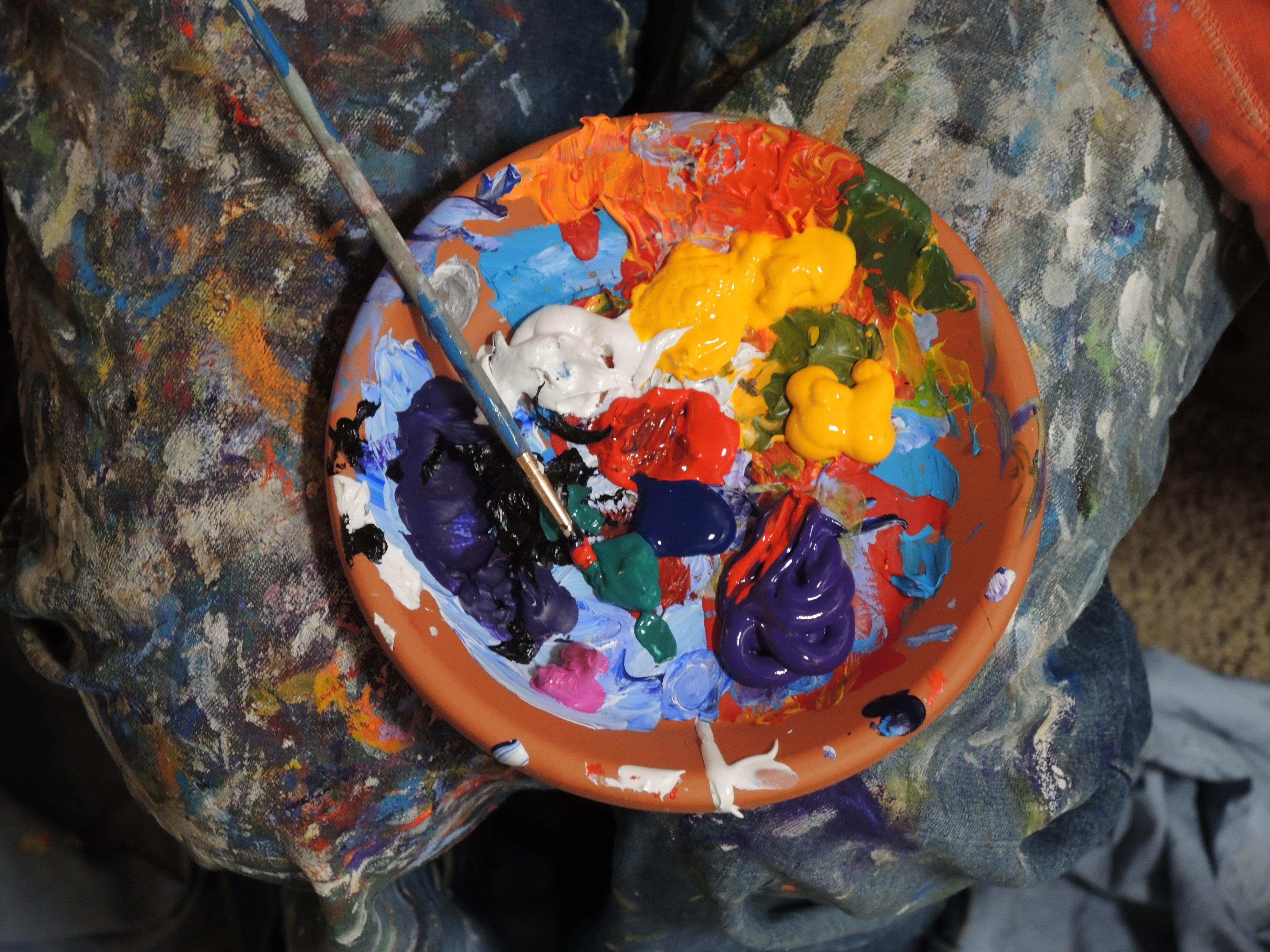 Fotograf Cicek Bardak Firca Renkli Renk Boya Boyama Sanat