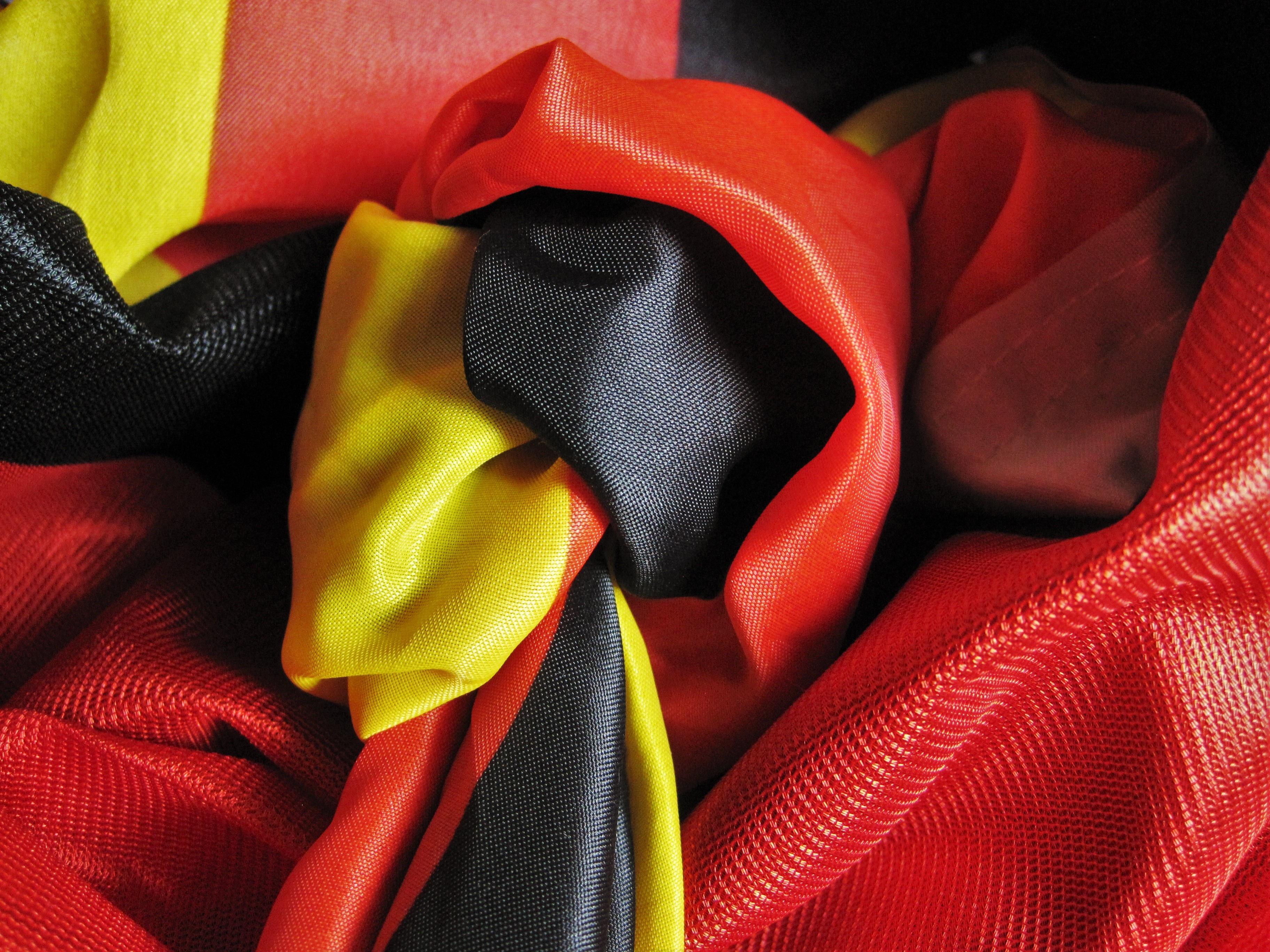무료 이미지 : 꽃잎, 주황색, 빨간, 색깔, 깃발, 노랑, 담홍색 ...